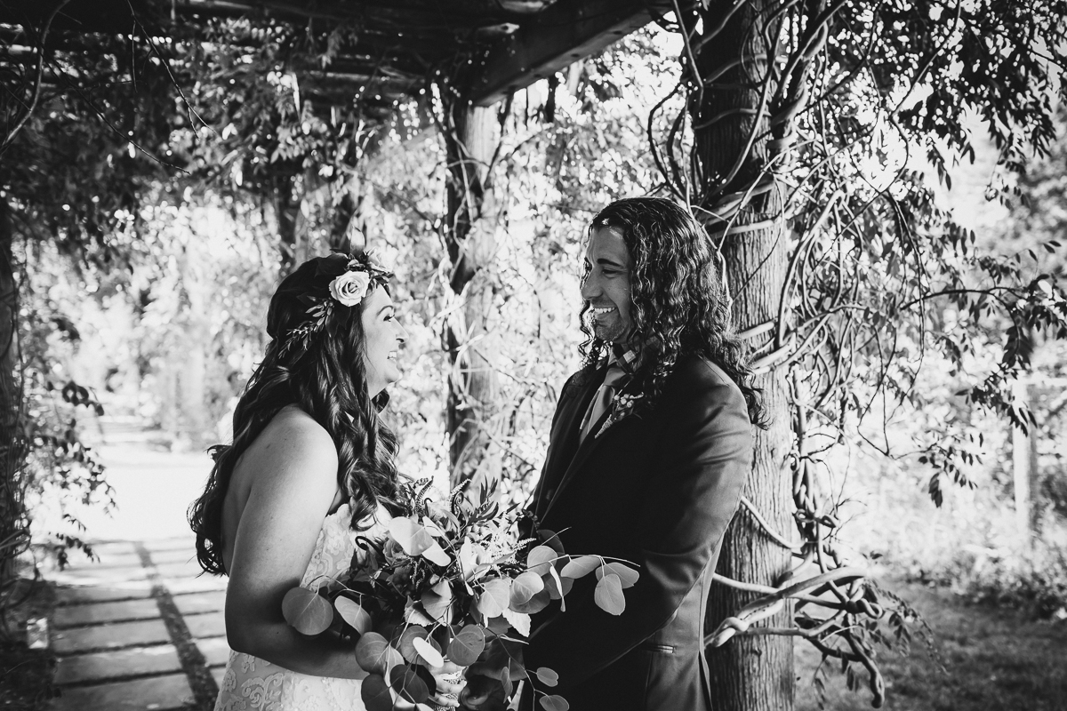 Jedediah-Hawkins-Inn-Documentary-Wedding-Photographer-Long-Island-24.jpg
