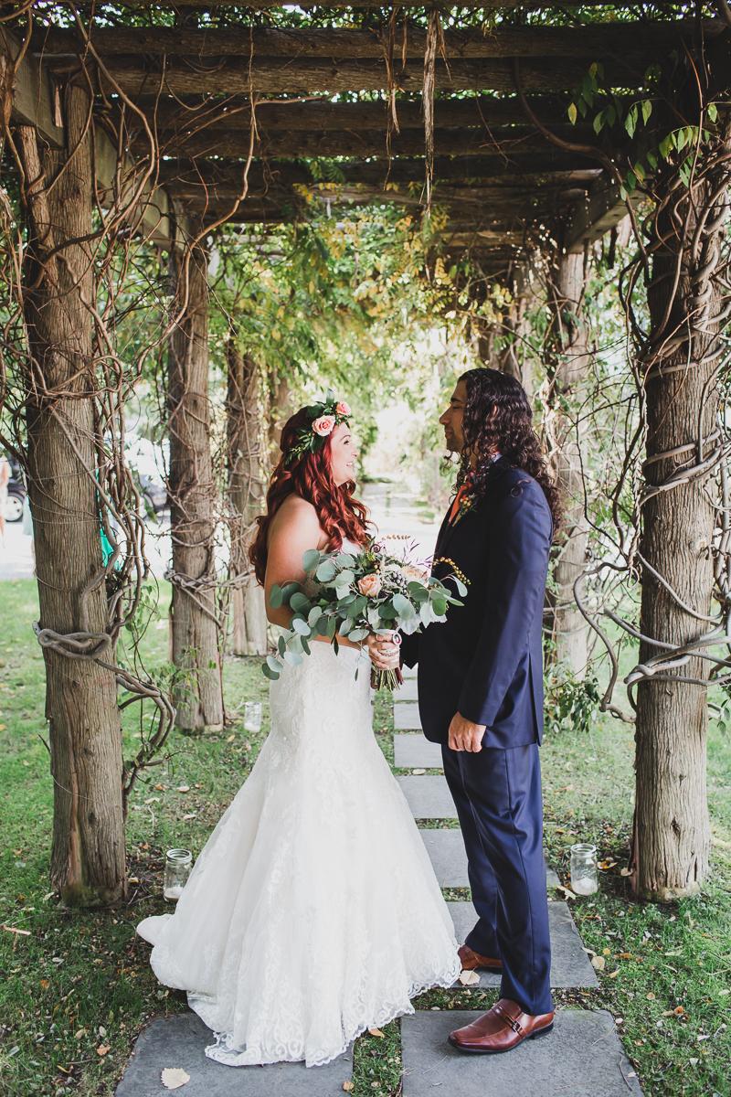 Jedediah-Hawkins-Inn-Documentary-Wedding-Photographer-Long-Island-25.jpg