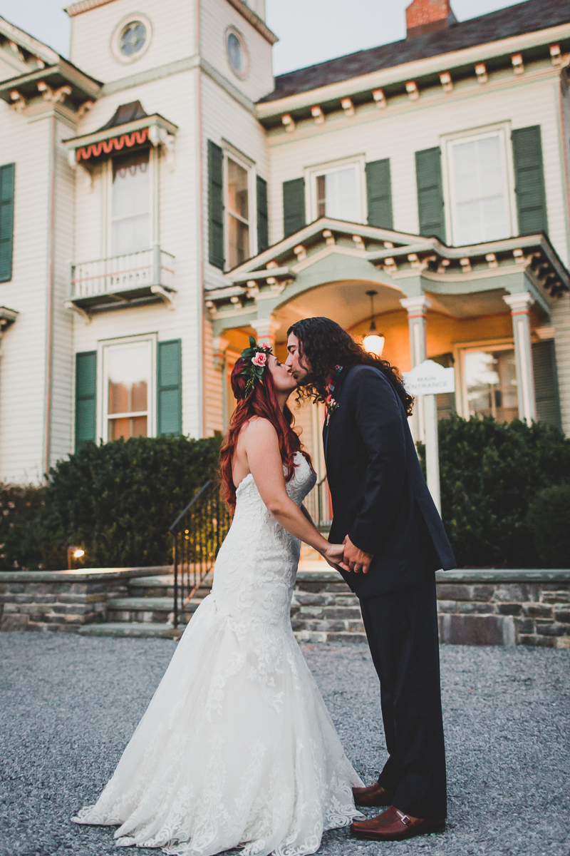 Jedediah-Hawkins-Inn-Documentary-Wedding-Photographer-Long-Island-100.jpg