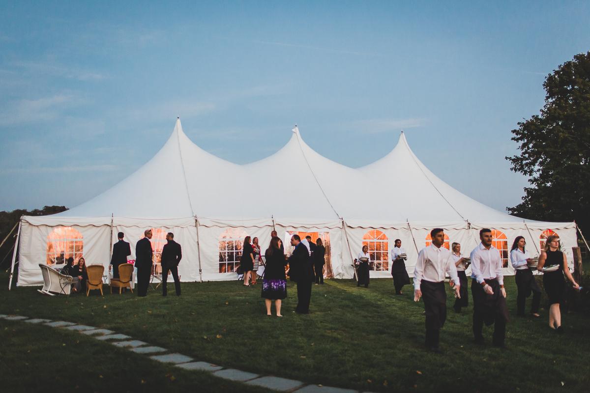 Jedediah-Hawkins-Inn-Documentary-Wedding-Photographer-Long-Island-103.jpg