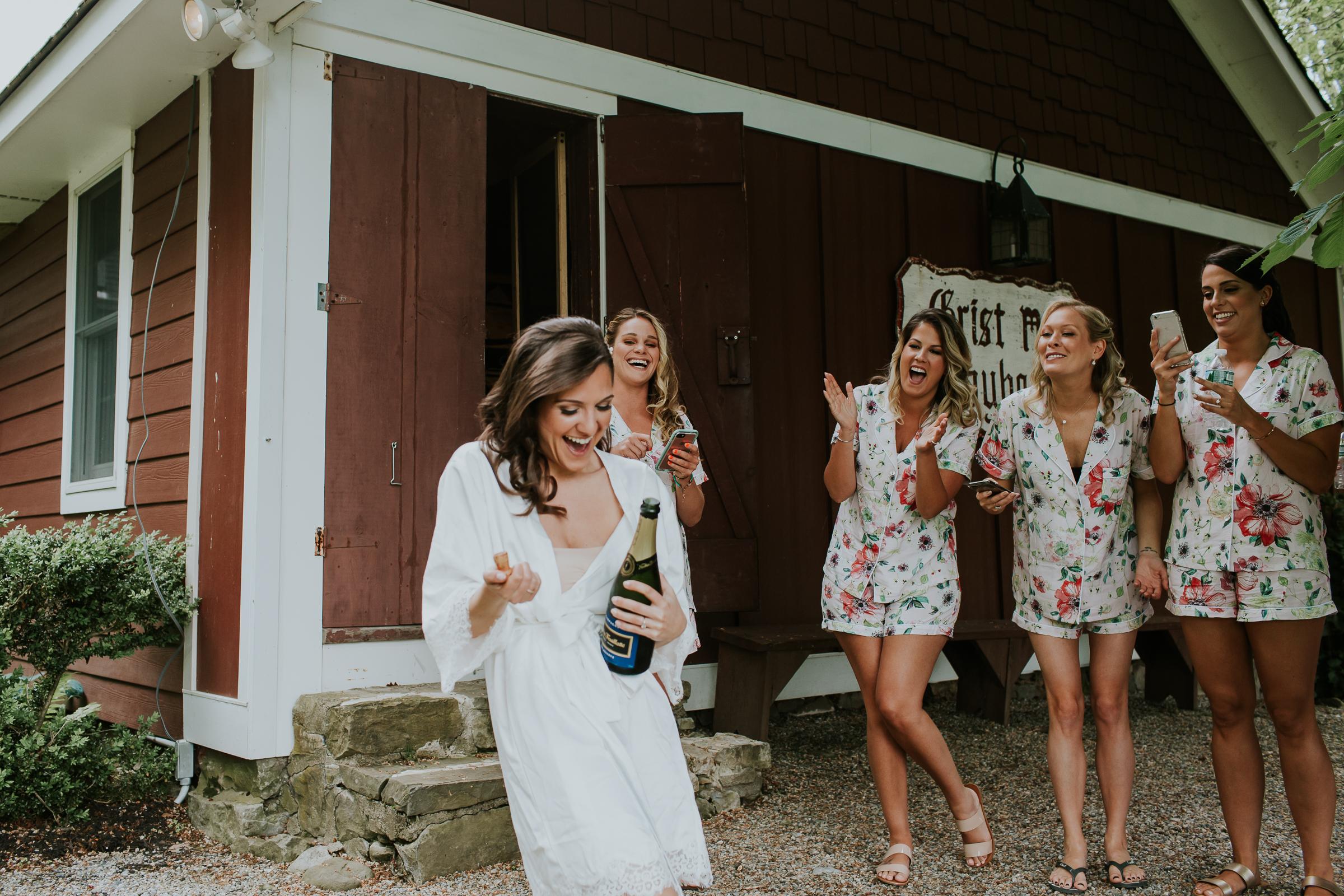 Crossed-Keys-Estate-Andover-NJ-Fine-Art-Documentary-Wedding-Photographer-19.jpg