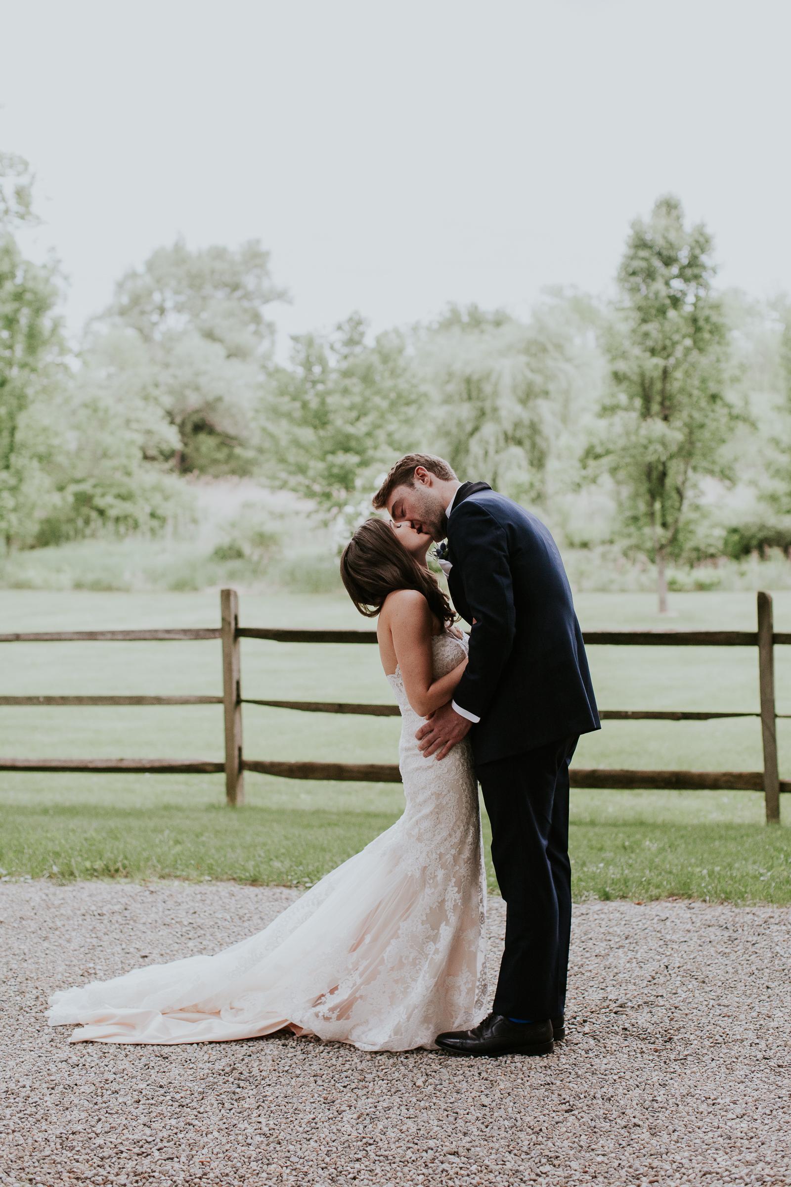 Crossed-Keys-Estate-Andover-NJ-Fine-Art-Documentary-Wedding-Photographer-44.jpg