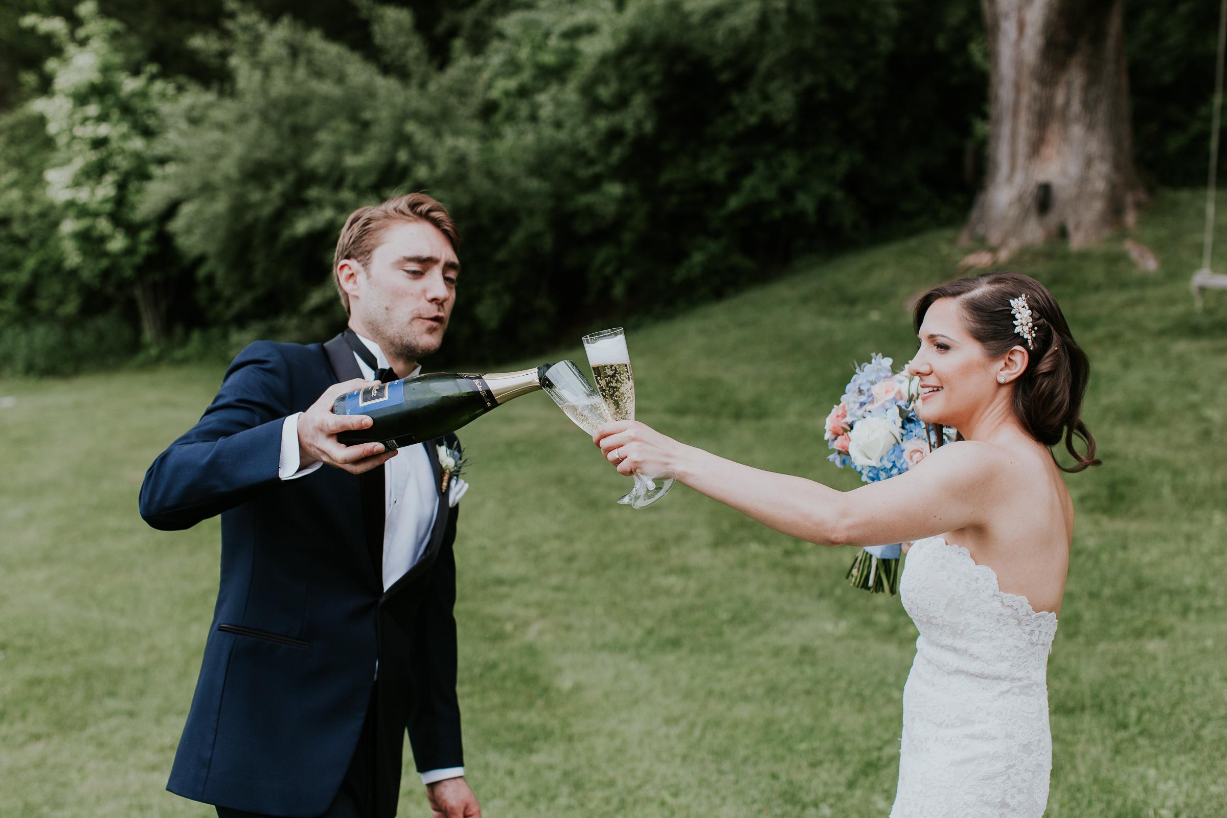 Crossed-Keys-Estate-Andover-NJ-Fine-Art-Documentary-Wedding-Photographer-57.jpg