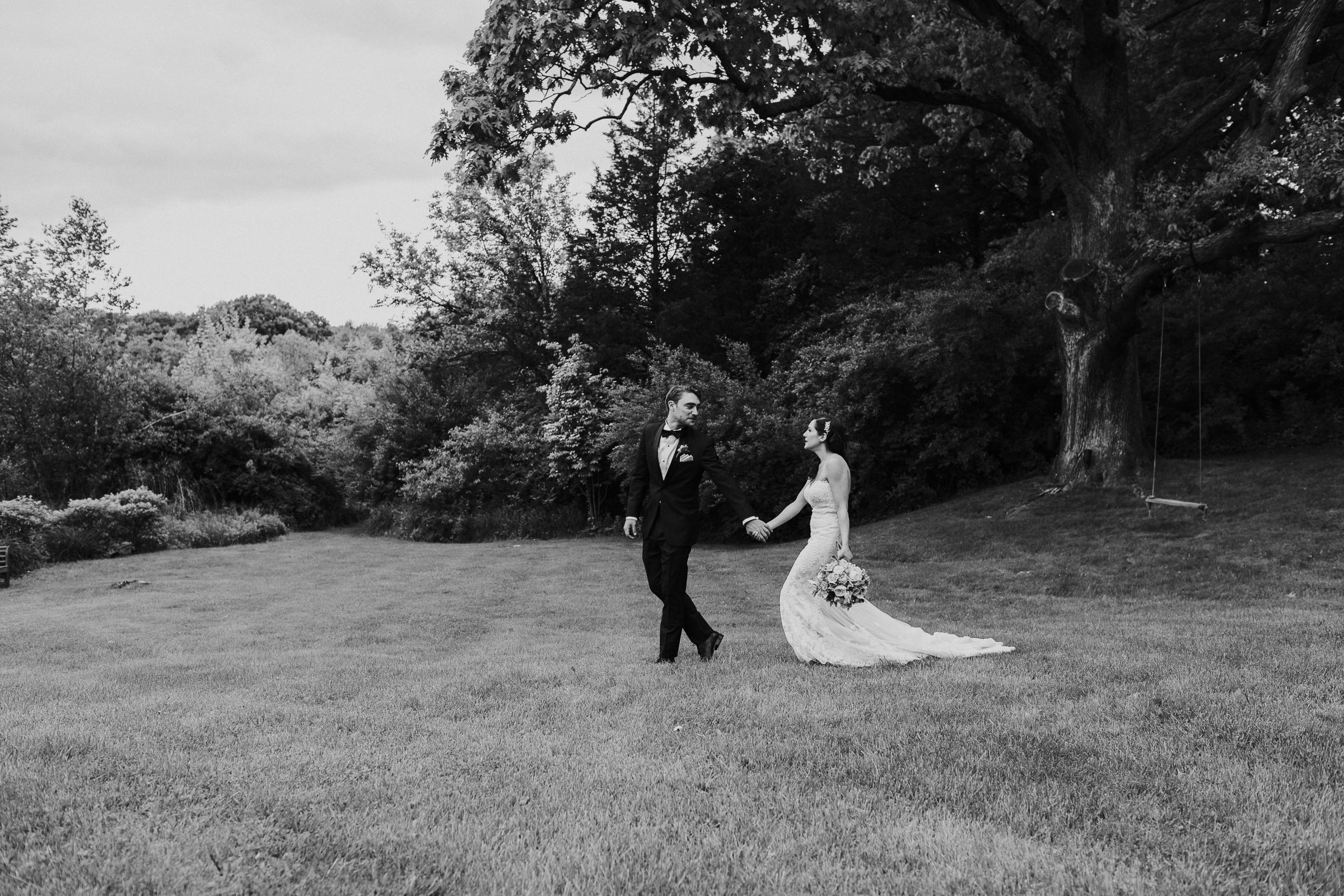 Crossed-Keys-Estate-Andover-NJ-Fine-Art-Documentary-Wedding-Photographer-59.jpg