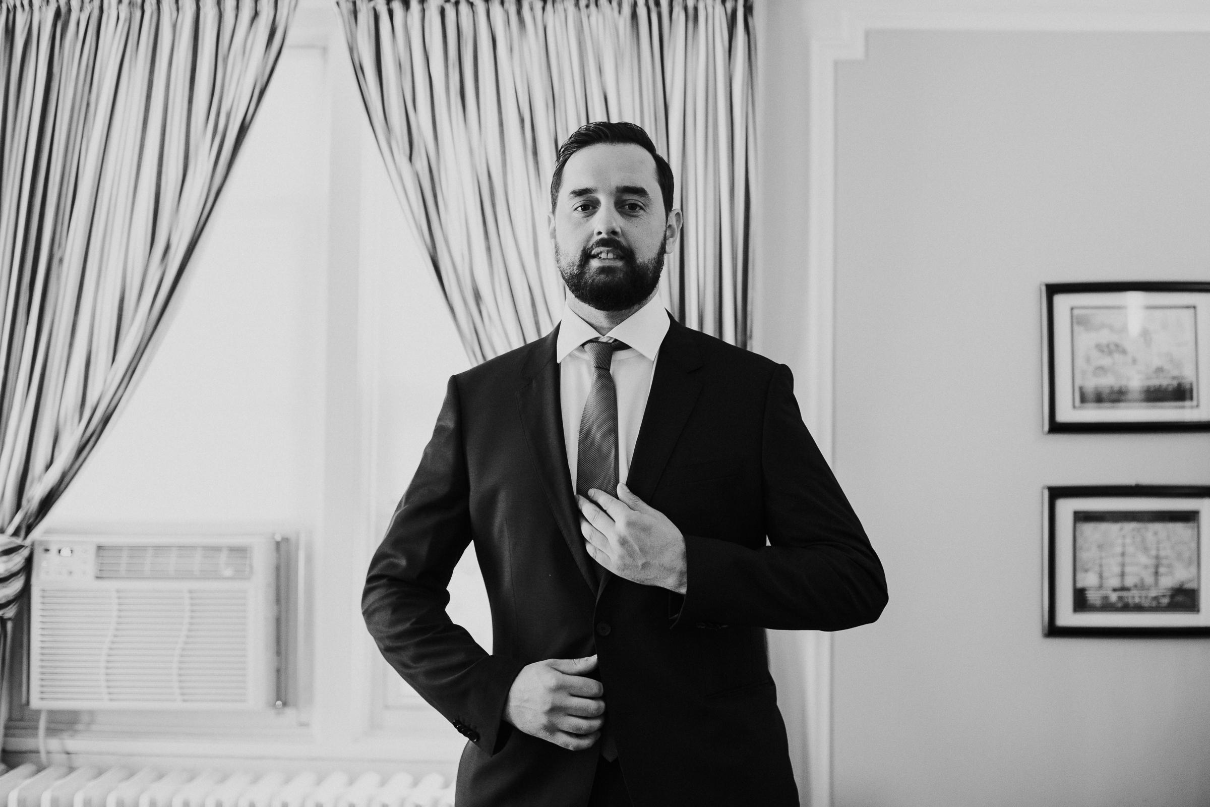CV-Rich-Mansion-White-Plains-New-York-Fine-Art-Documentary-Wedding-Photography-16.jpg