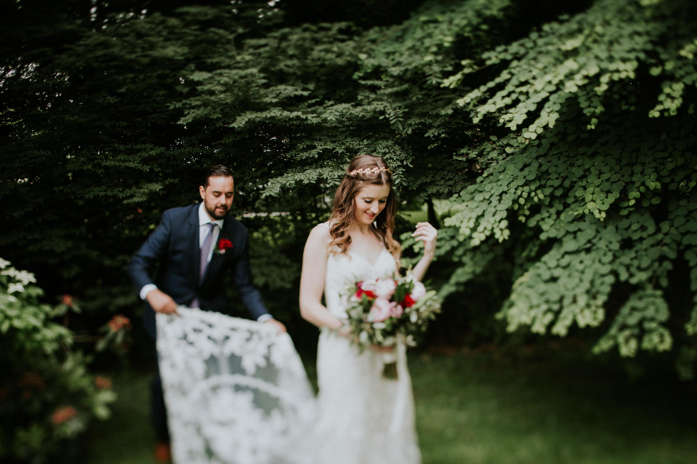 CV-Rich-Mansion-White-Plains-New-York-Fine-Art-Documentary-Wedding-Photography-43.jpg