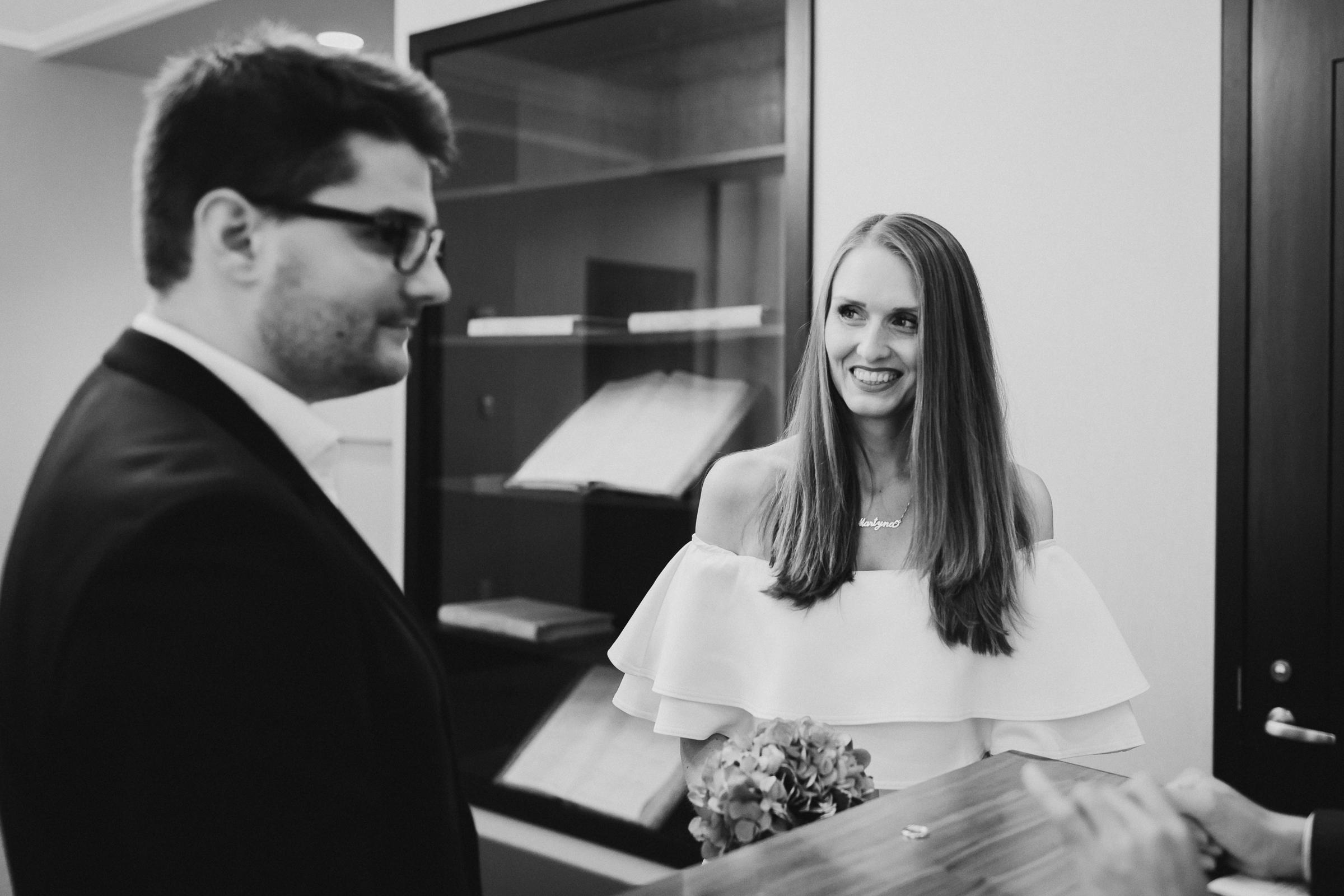 New-York-City-Hall-Elopement-NYC-Documentary-Wedding-Photographer-19.jpg