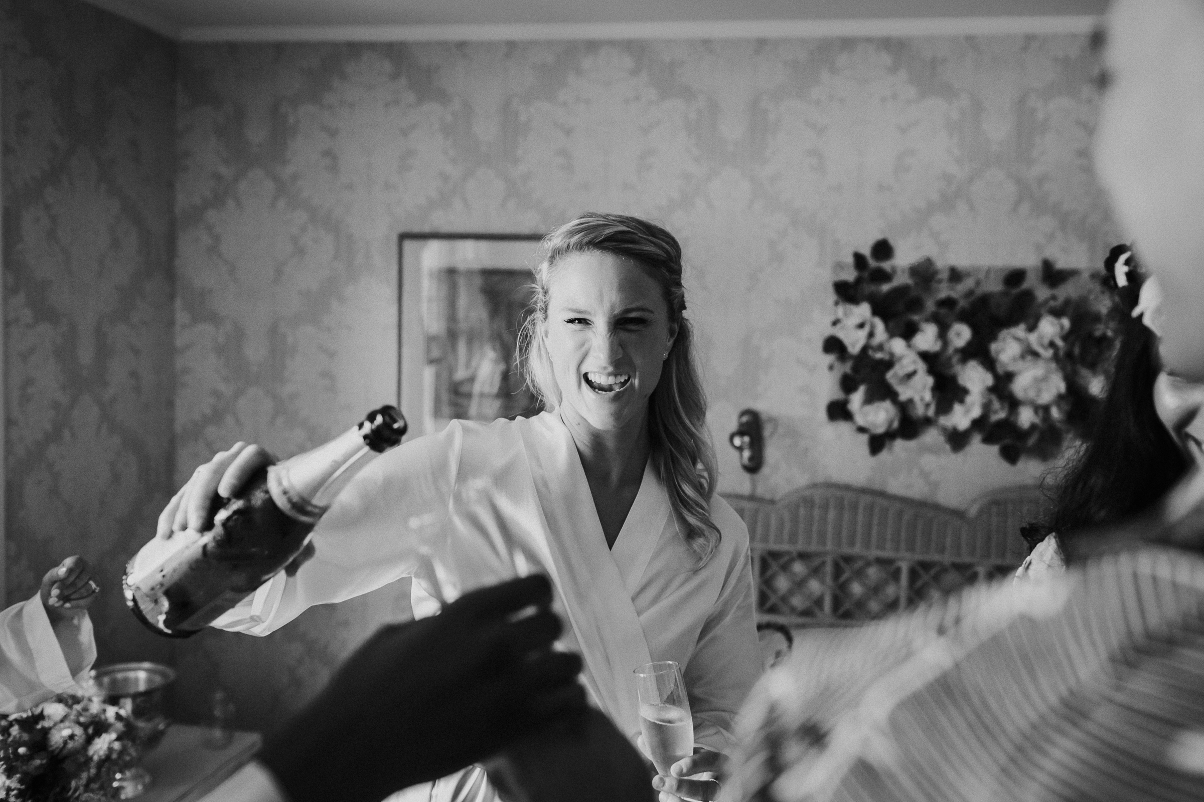 Backyard-Intimate-Adventurous-Destination-Wedding-Darien-Connecticut-Documentary-Wedding-Photography-16.jpg
