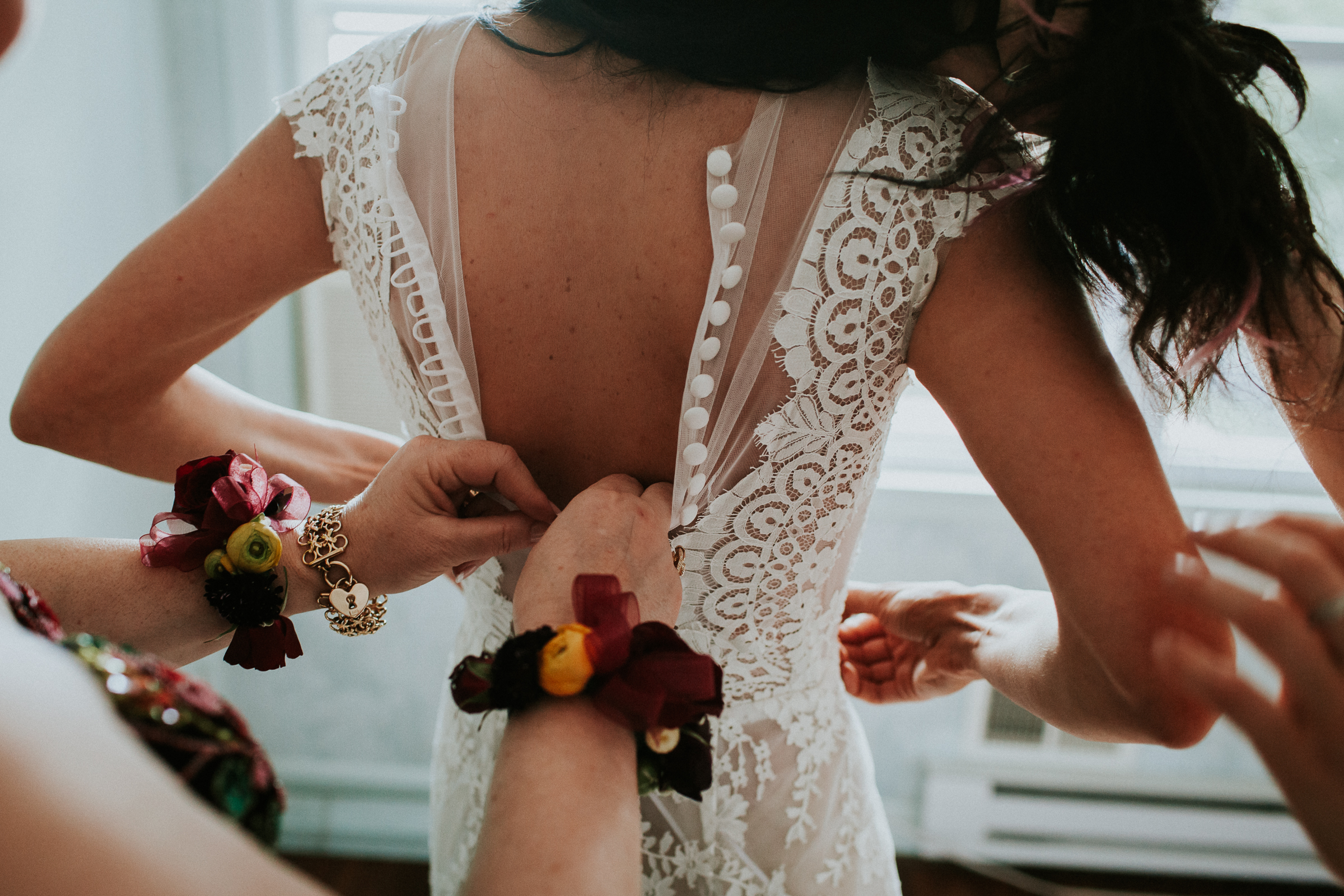 Backyard-Intimate-Adventurous-Destination-Wedding-Darien-Connecticut-Documentary-Wedding-Photography-22.jpg