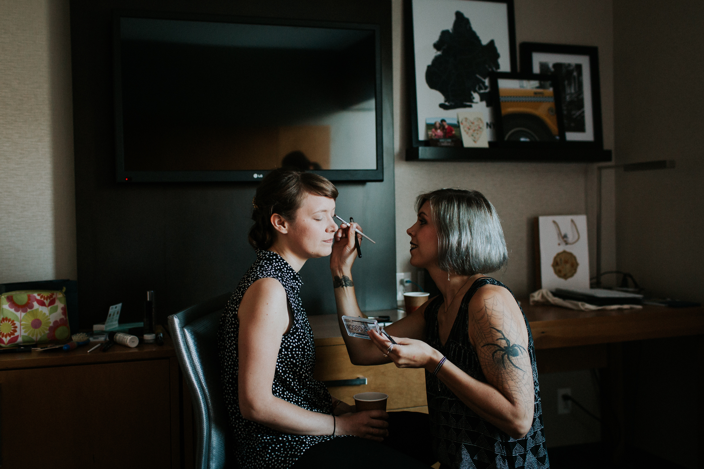 Dinosaur-Inspired-Brooklyn-Wedding-26-Bridge-New-York-Documentary-Wedding-Photographer-123.jpg