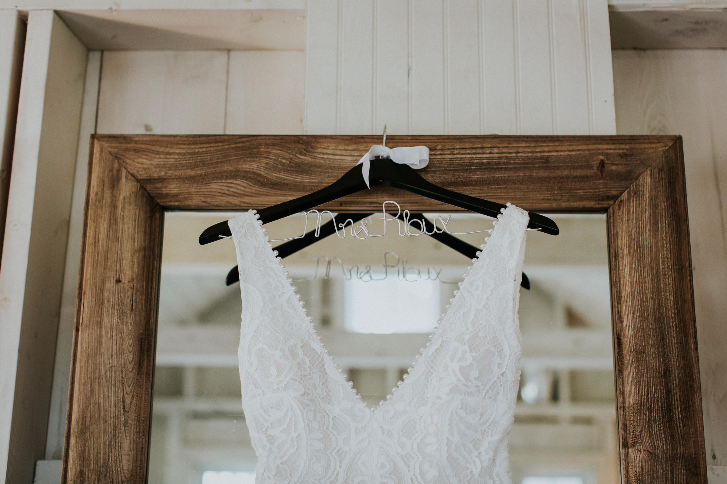 Marianmade-Farm-Wiscasset-Maine-Fine-Art-Documentary-Wedding-Photographer-Elvira-Kalviste-Photography-5.jpg