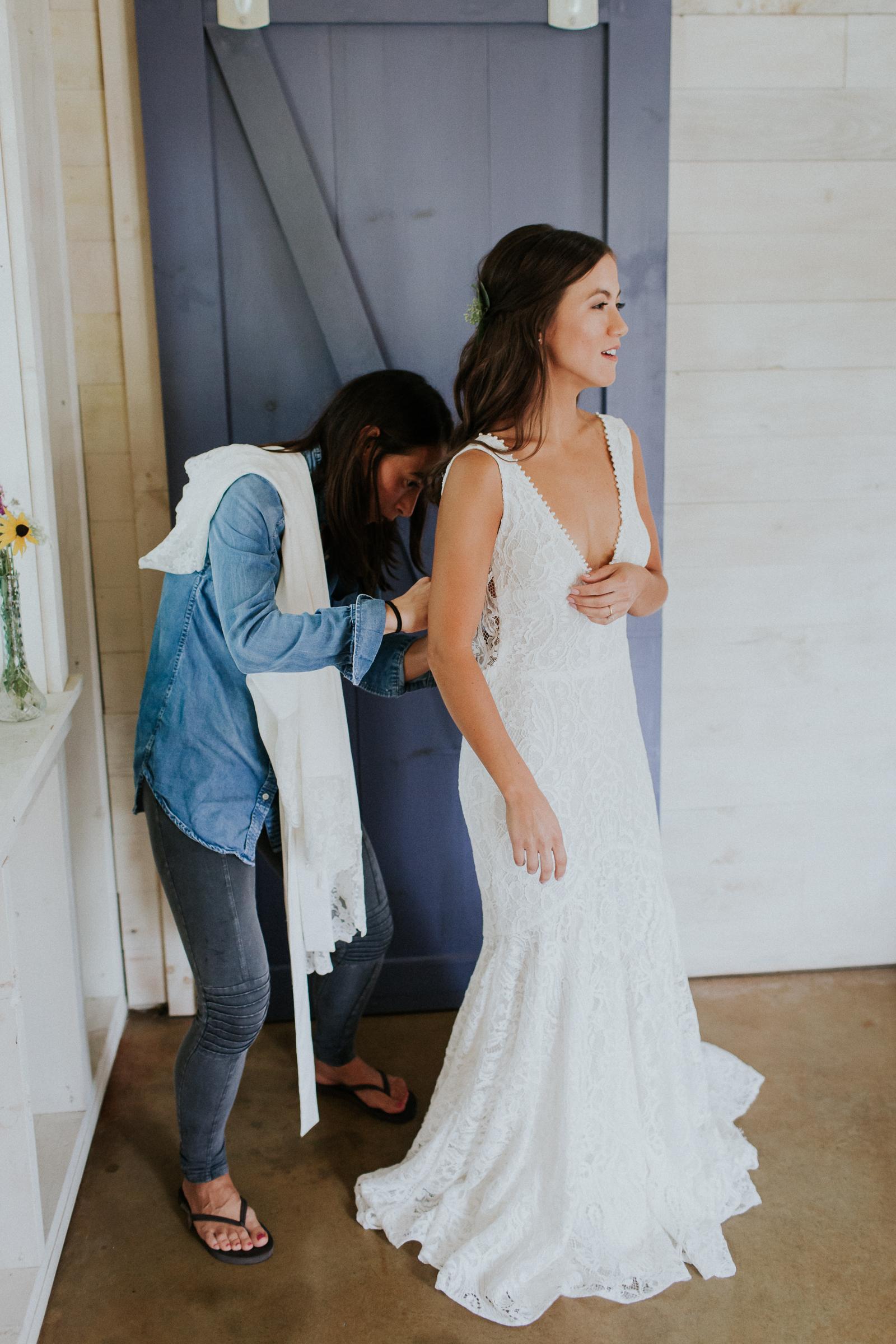 Marianmade-Farm-Wiscasset-Maine-Fine-Art-Documentary-Wedding-Photographer-Elvira-Kalviste-Photography-15.jpg