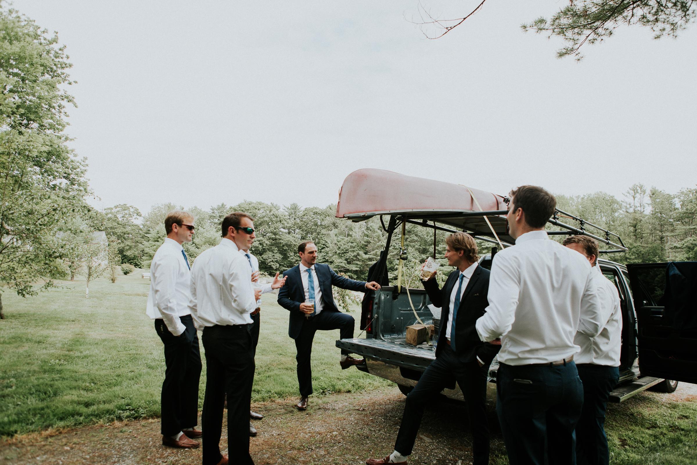 Marianmade-Farm-Wiscasset-Maine-Fine-Art-Documentary-Wedding-Photographer-Elvira-Kalviste-Photography-24.jpg