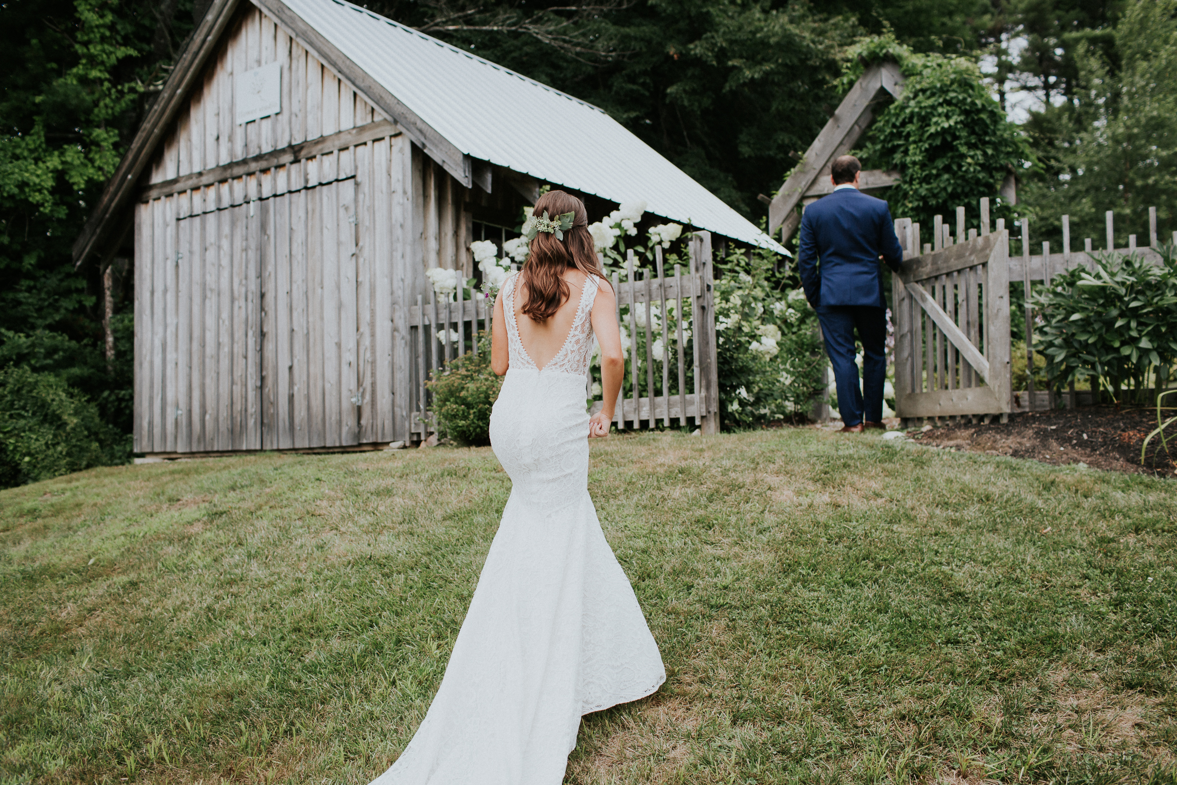 Marianmade-Farm-Wiscasset-Maine-Fine-Art-Documentary-Wedding-Photographer-Elvira-Kalviste-Photography-29.jpg
