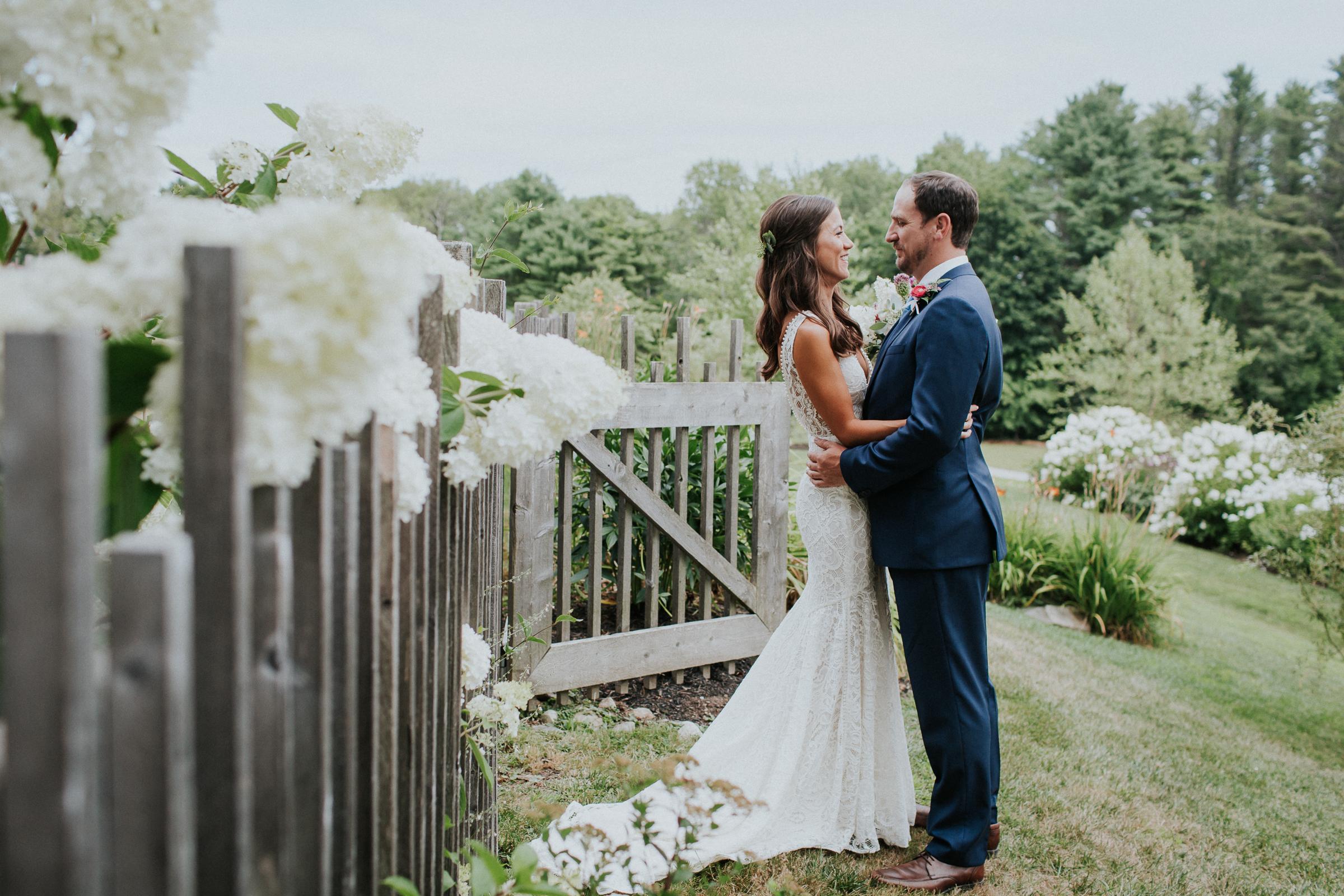 Marianmade-Farm-Wiscasset-Maine-Fine-Art-Documentary-Wedding-Photographer-Elvira-Kalviste-Photography-34.jpg