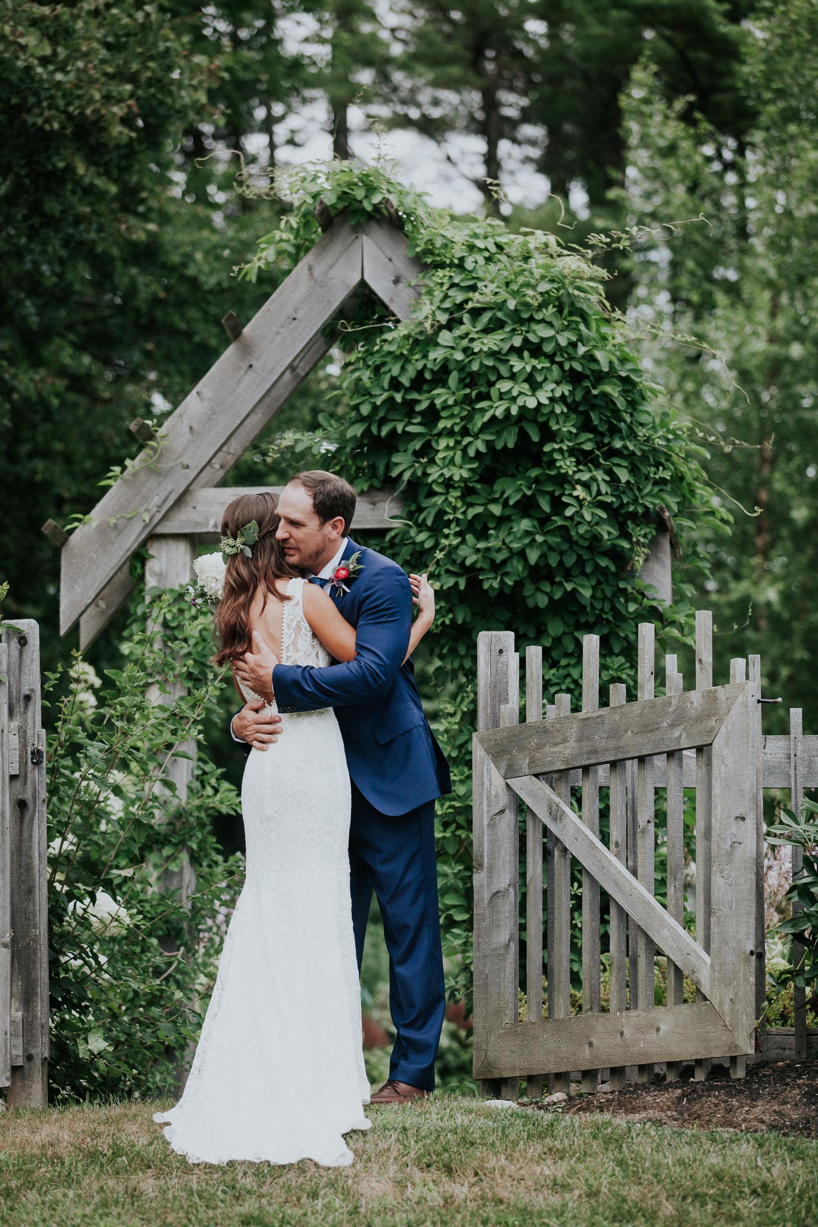 Marianmade-Farm-Wiscasset-Maine-Fine-Art-Documentary-Wedding-Photographer-Elvira-Kalviste-Photography-33.jpg