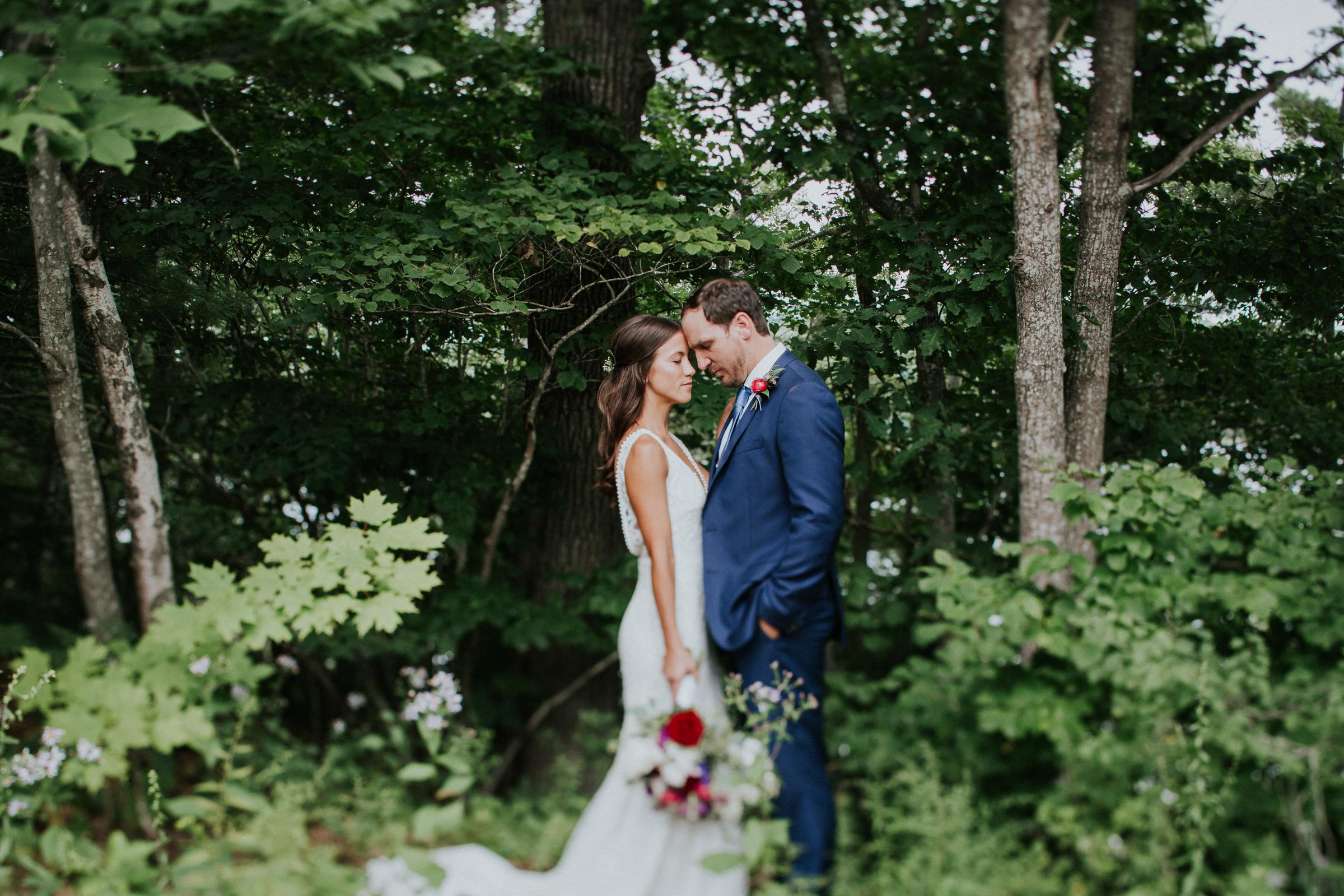 Marianmade-Farm-Wiscasset-Maine-Fine-Art-Documentary-Wedding-Photographer-Elvira-Kalviste-Photography-47.jpg
