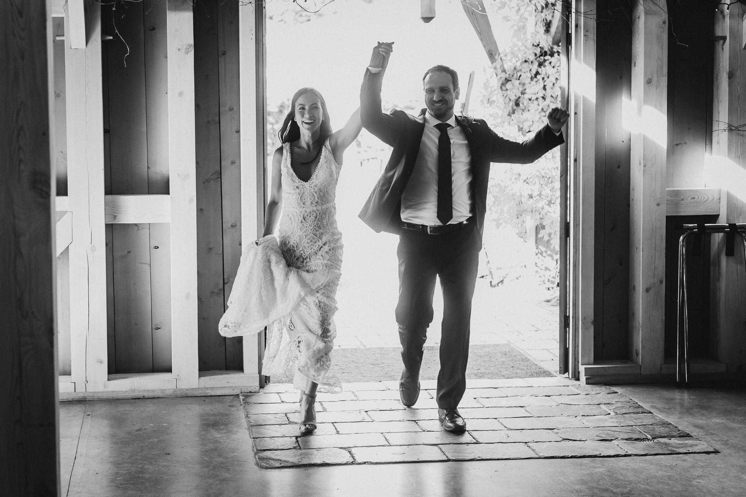 Marianmade-Farm-Wiscasset-Maine-Fine-Art-Documentary-Wedding-Photographer-Elvira-Kalviste-Photography-107.jpg