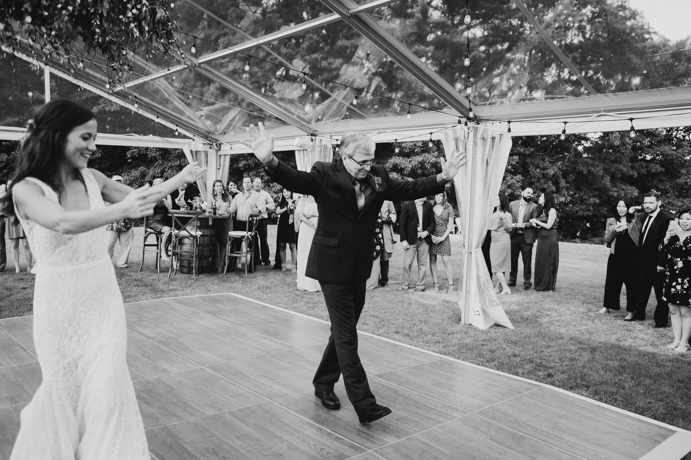 Marianmade-Farm-Wiscasset-Maine-Fine-Art-Documentary-Wedding-Photographer-Elvira-Kalviste-Photography-134.jpg