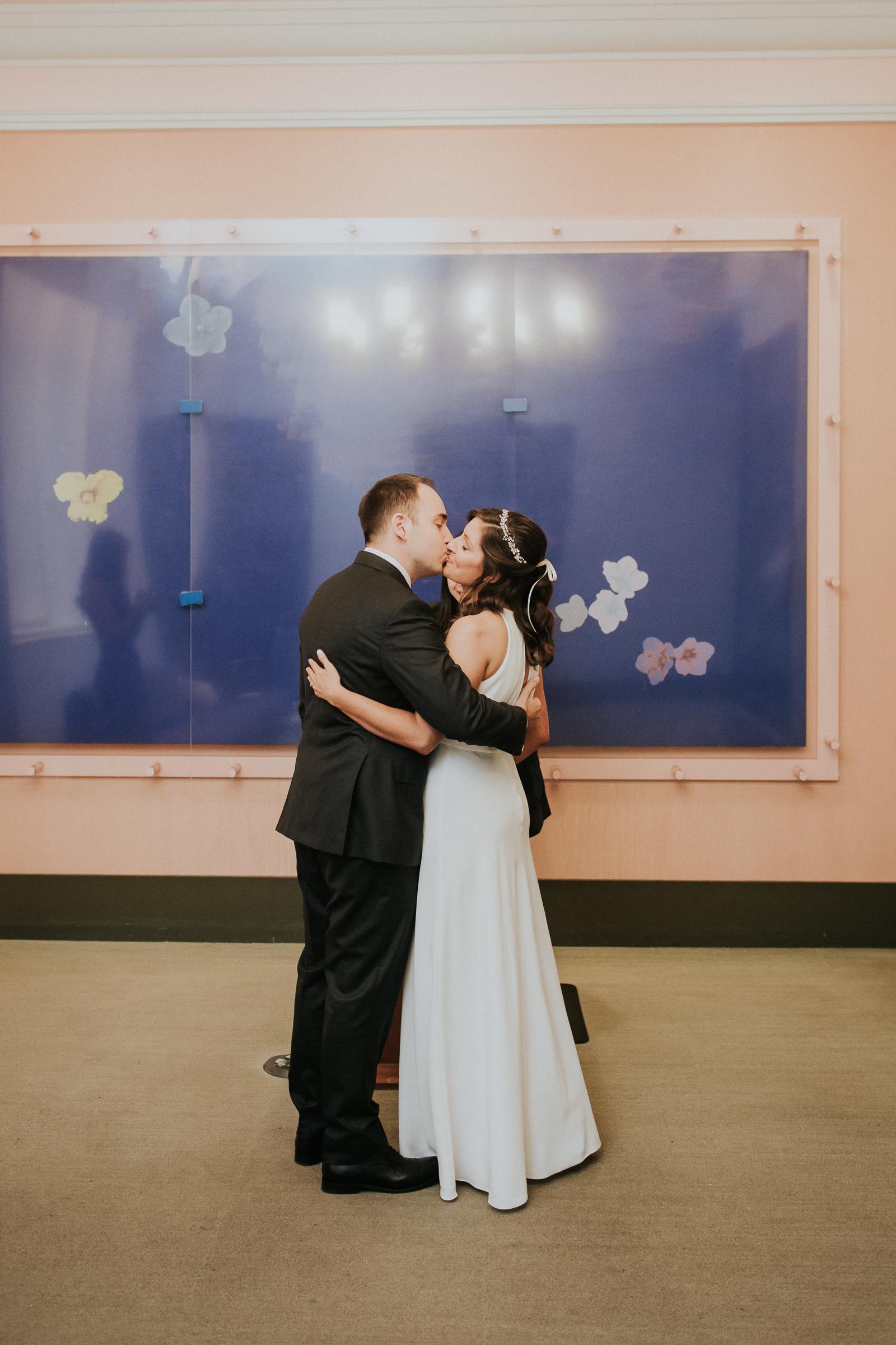 Casa-Apicii-Intimate-Wedding-City-Hall-Elopement-New-York-Documentary-Wedding-Photographer-14.jpg