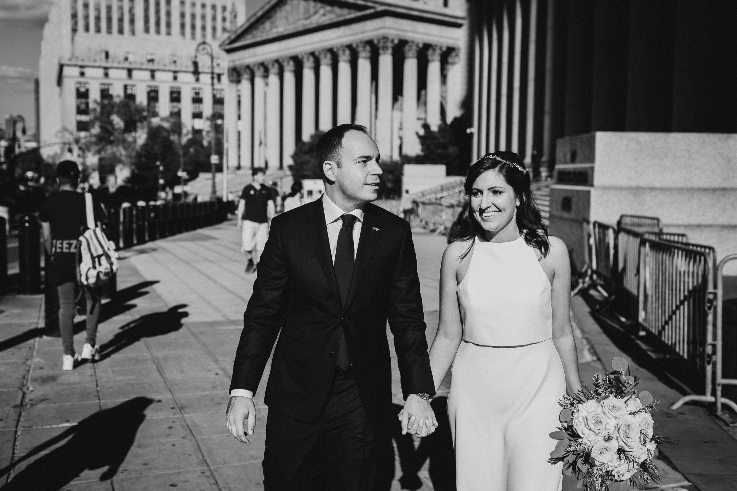 Casa-Apicii-Intimate-Wedding-City-Hall-Elopement-New-York-Documentary-Wedding-Photographer-17.jpg