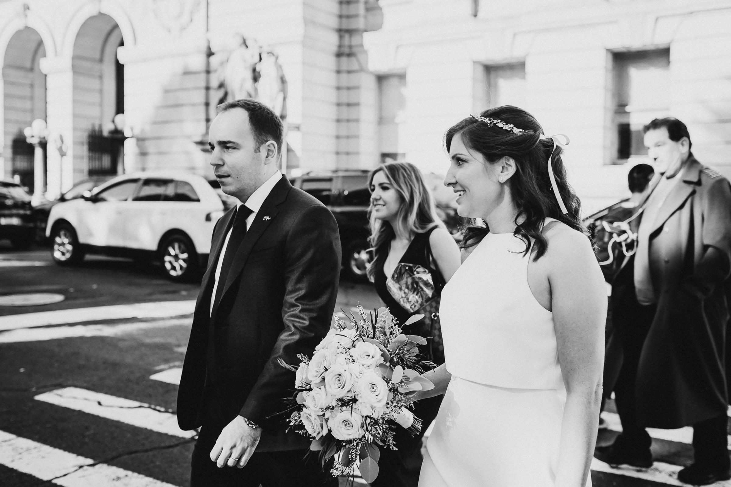 Casa-Apicii-Intimate-Wedding-City-Hall-Elopement-New-York-Documentary-Wedding-Photographer-19.jpg