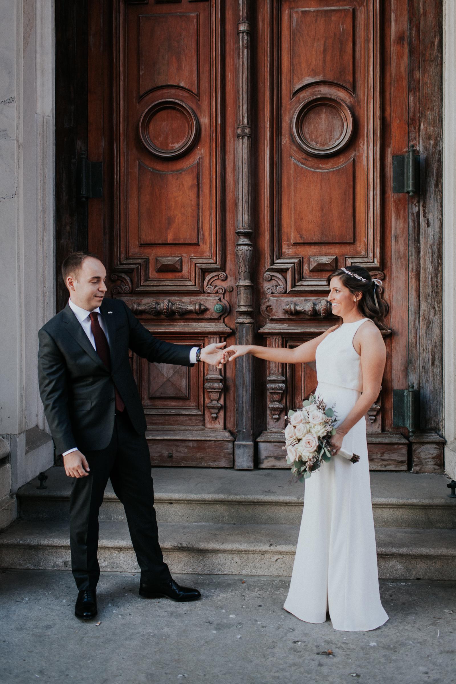 Casa-Apicii-Intimate-Wedding-City-Hall-Elopement-New-York-Documentary-Wedding-Photographer-20.jpg