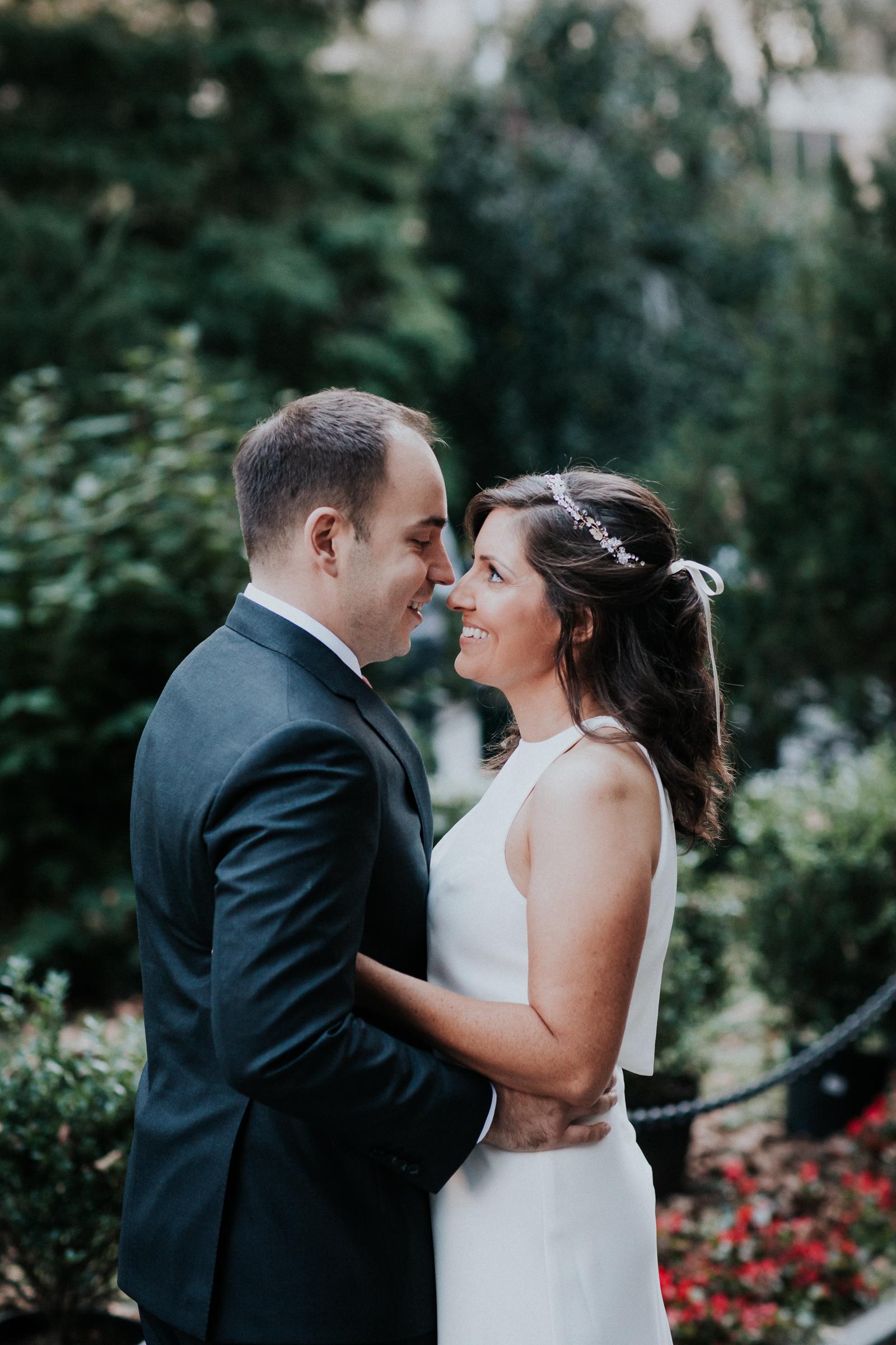 Casa-Apicii-Intimate-Wedding-City-Hall-Elopement-New-York-Documentary-Wedding-Photographer-28.jpg