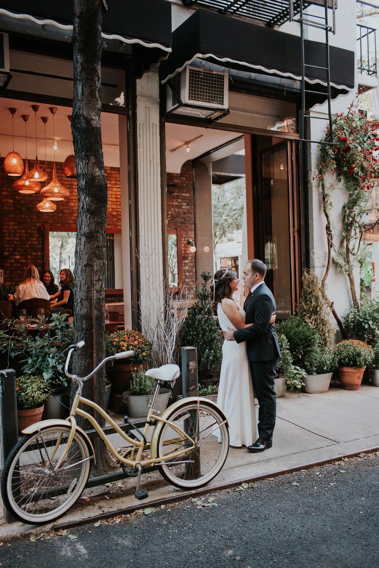 Casa-Apicii-Intimate-Wedding-City-Hall-Elopement-New-York-Documentary-Wedding-Photographer-42.jpg