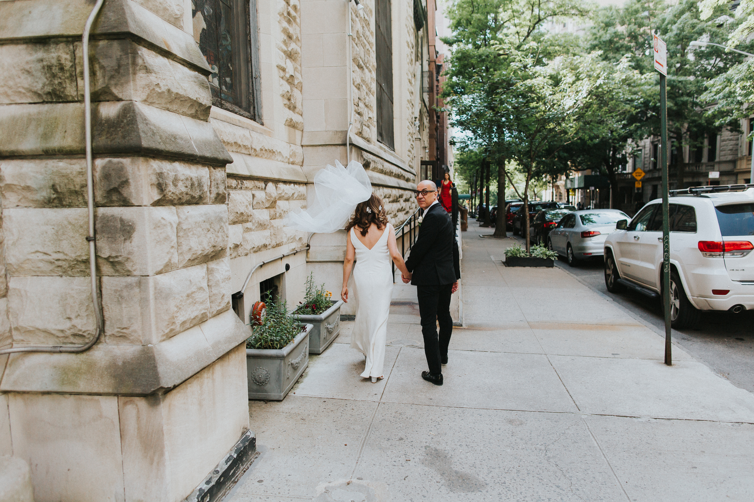 Robert-NYC-Museum-Of-Arts-&-Design-Greek-Italian-New-York-Documentary-Wedding-Photographer-22.jpg
