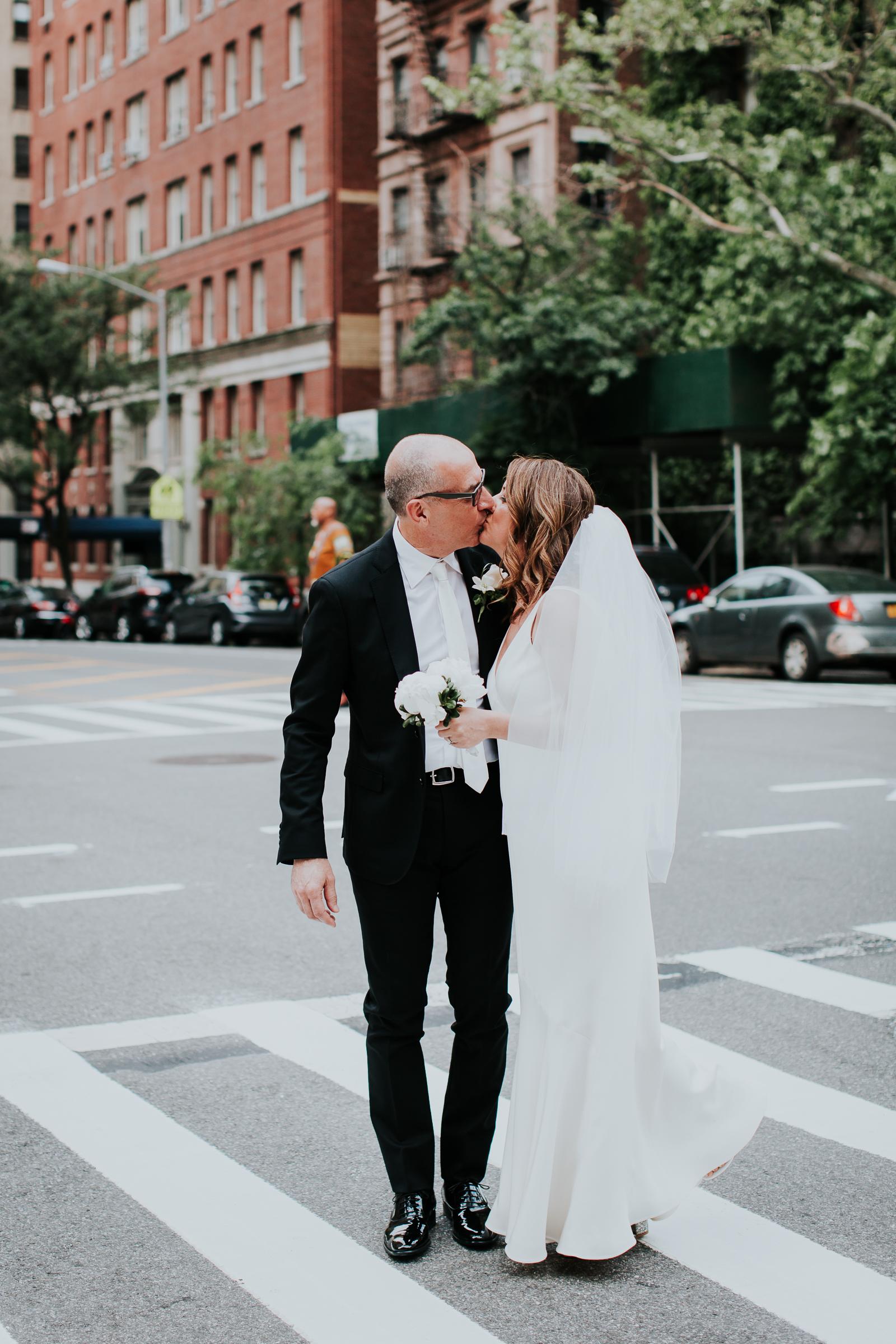 Robert-NYC-Museum-Of-Arts-&-Design-Greek-Italian-New-York-Documentary-Wedding-Photographer-30.jpg