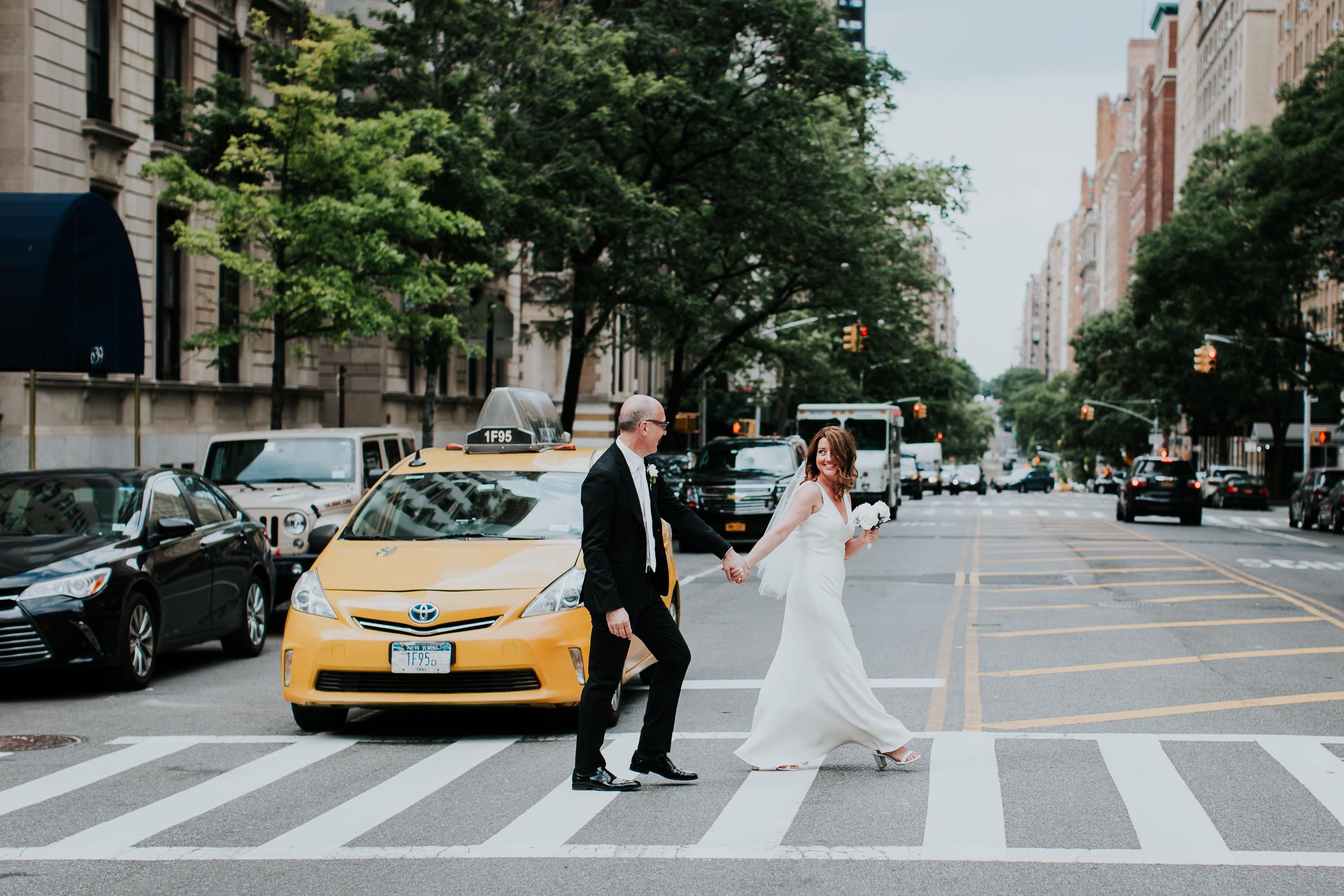 Robert-NYC-Museum-Of-Arts-&-Design-Greek-Italian-New-York-Documentary-Wedding-Photographer-31.jpg