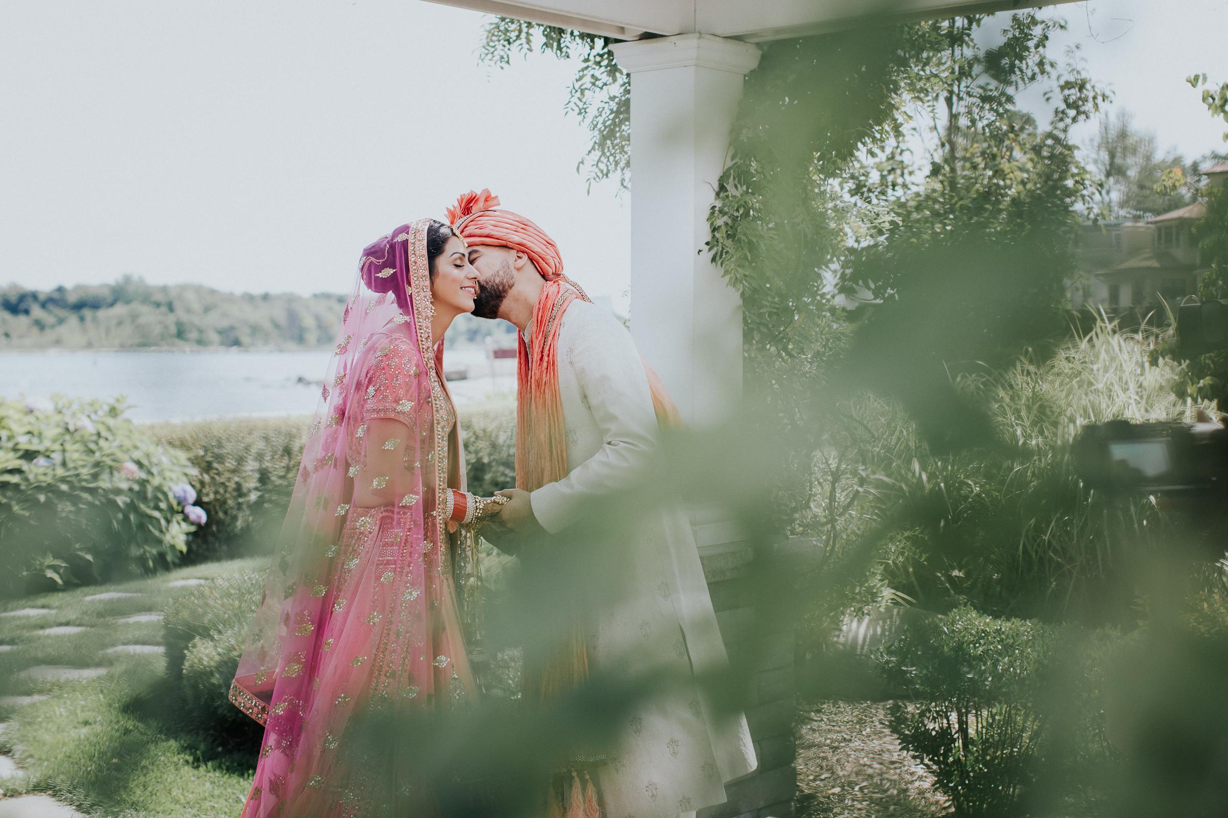 Nadiya-Sherief-Green-Tree-Country-Club-Indian-New-York-Documentary-Wedding-Photographer-27.jpg