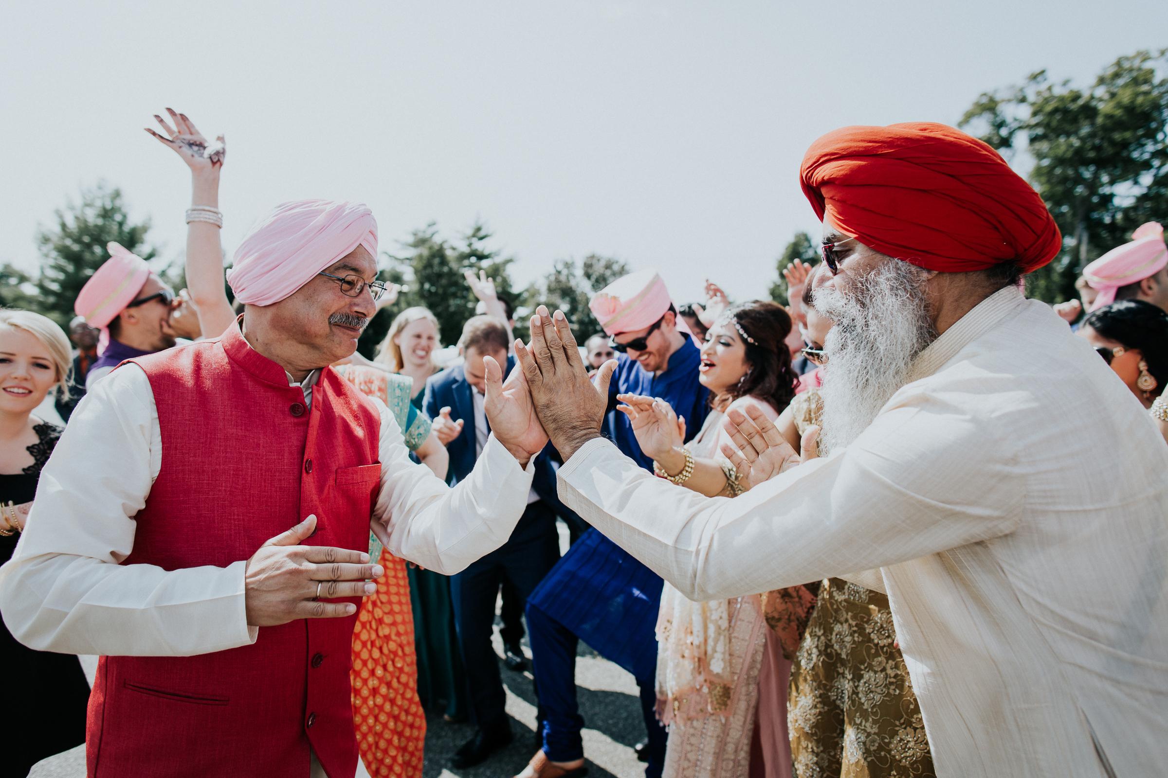 Nadiya-Sherief-Green-Tree-Country-Club-Indian-New-York-Documentary-Wedding-Photographer-46.jpg