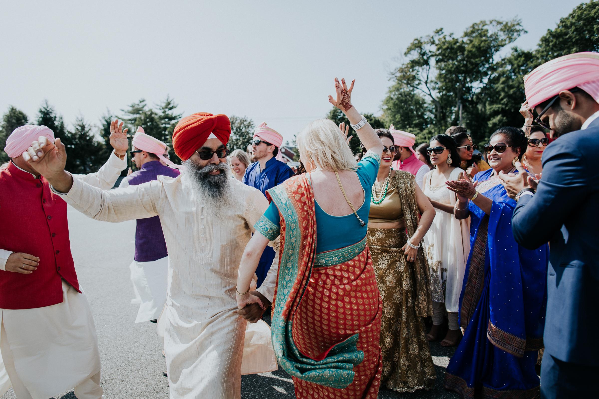 Nadiya-Sherief-Green-Tree-Country-Club-Indian-New-York-Documentary-Wedding-Photographer-47.jpg