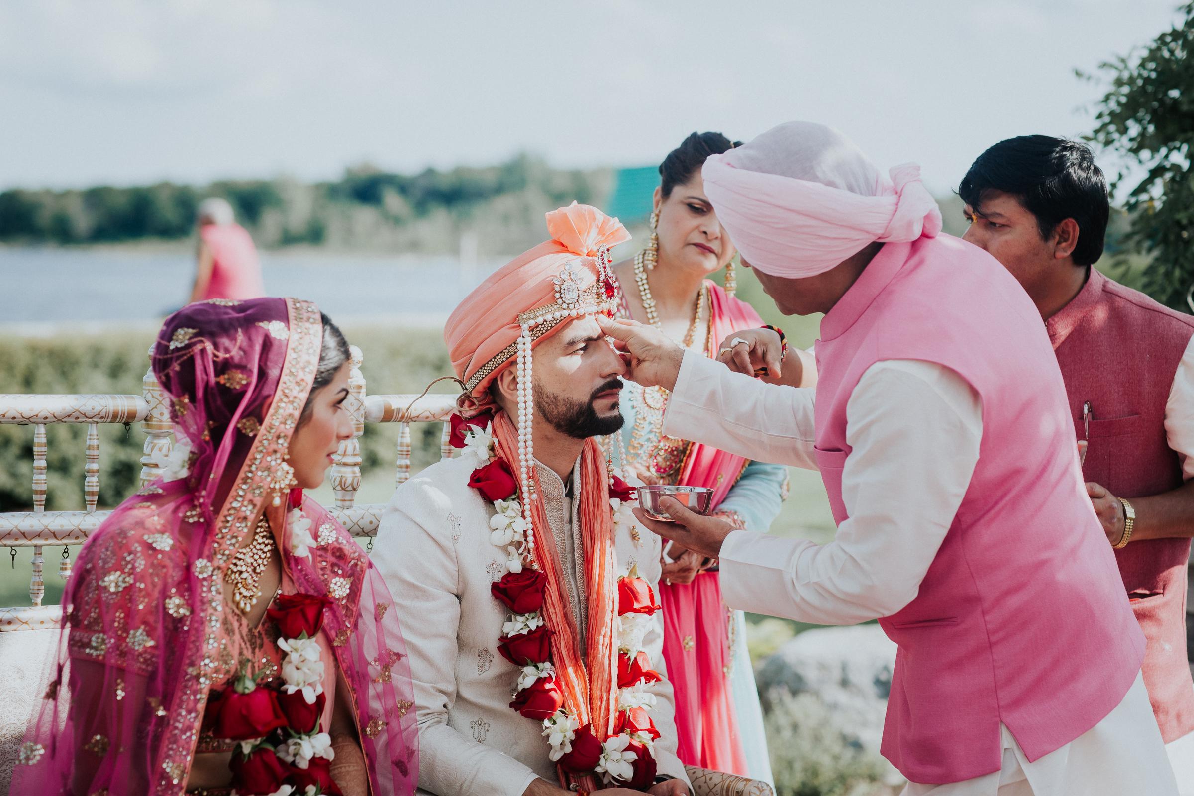 Nadiya-Sherief-Green-Tree-Country-Club-Indian-New-York-Documentary-Wedding-Photographer-73.jpg