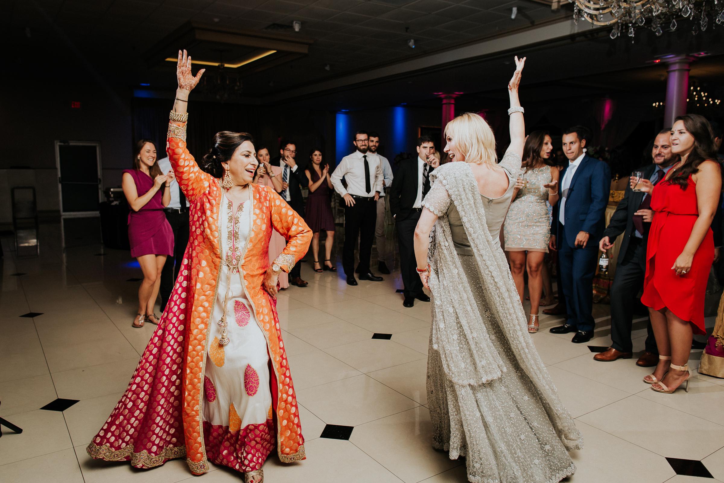Nadiya-Sherief-Green-Tree-Country-Club-Indian-New-York-Documentary-Wedding-Photographer-124.jpg