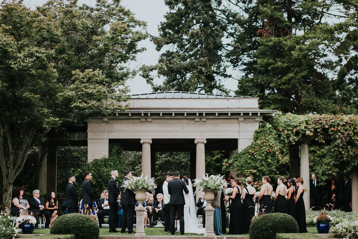 Eolia-Mansion-Harkness-Memorial-Park-Connecticut-Documentary-Wedding-Photographer-62.jpg