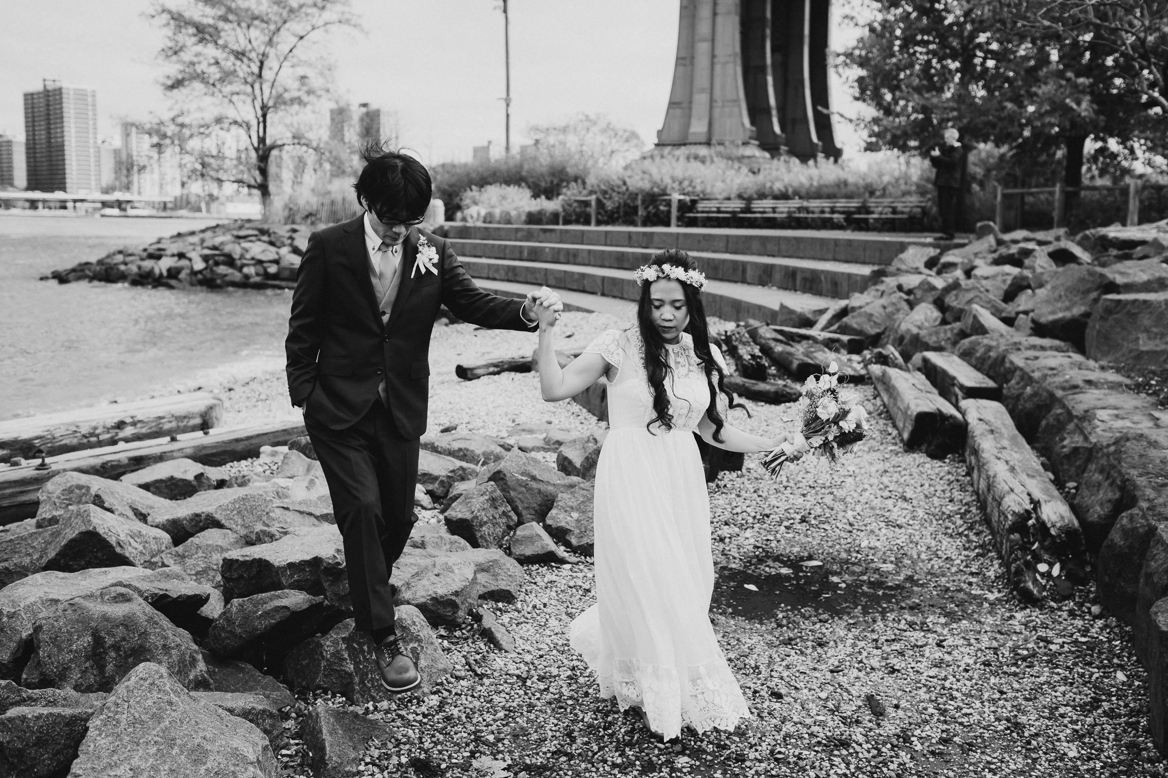 Central-Park-Brooklyn-Bridge-Dumbo-NYC-Documentary-Wedding-Photographer-10.jpg