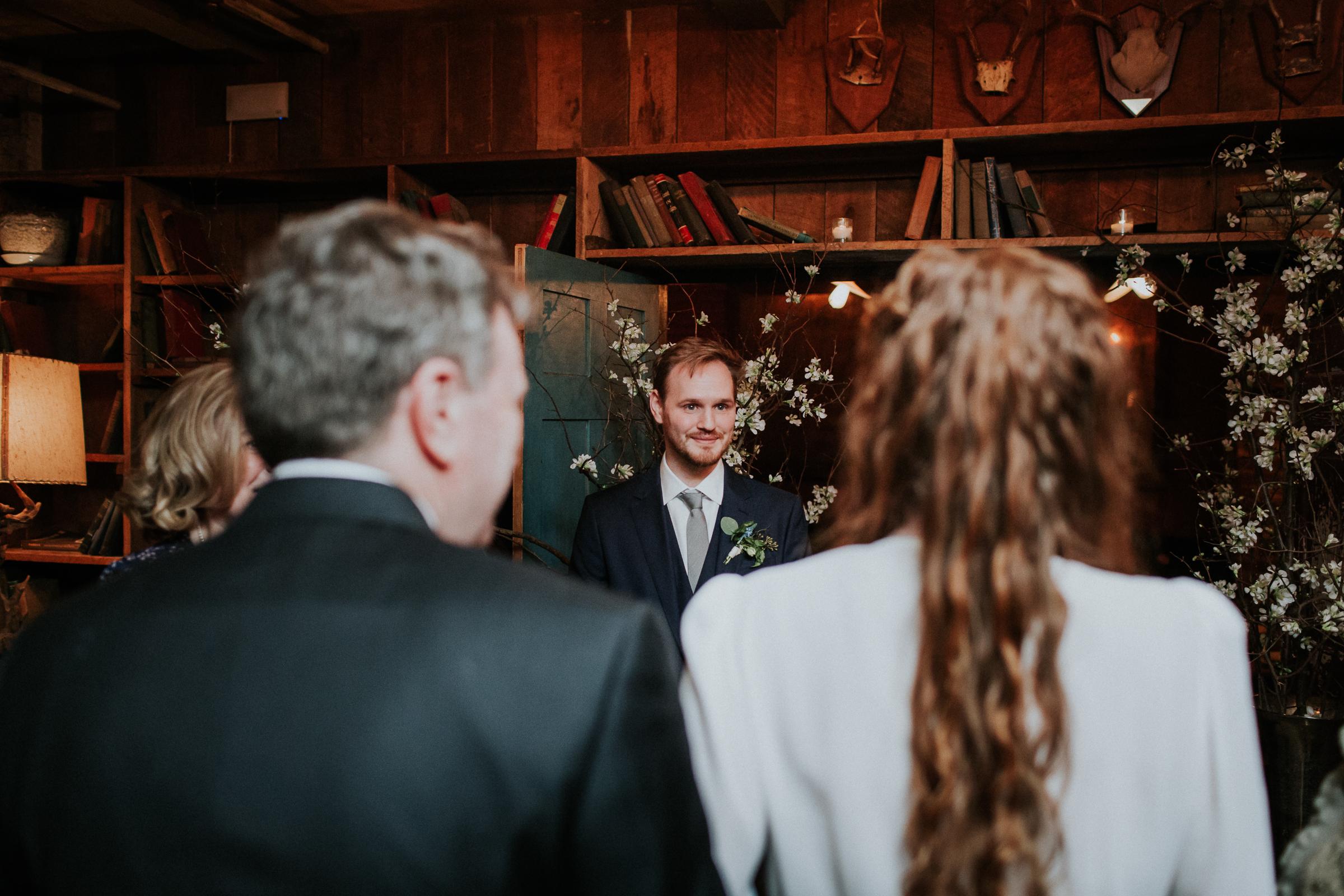 Freemans-Restaurant-Soho-Brooklyn-Bridge-Park-Dumbo-Documentary-Wedding-Photographer-44.jpg