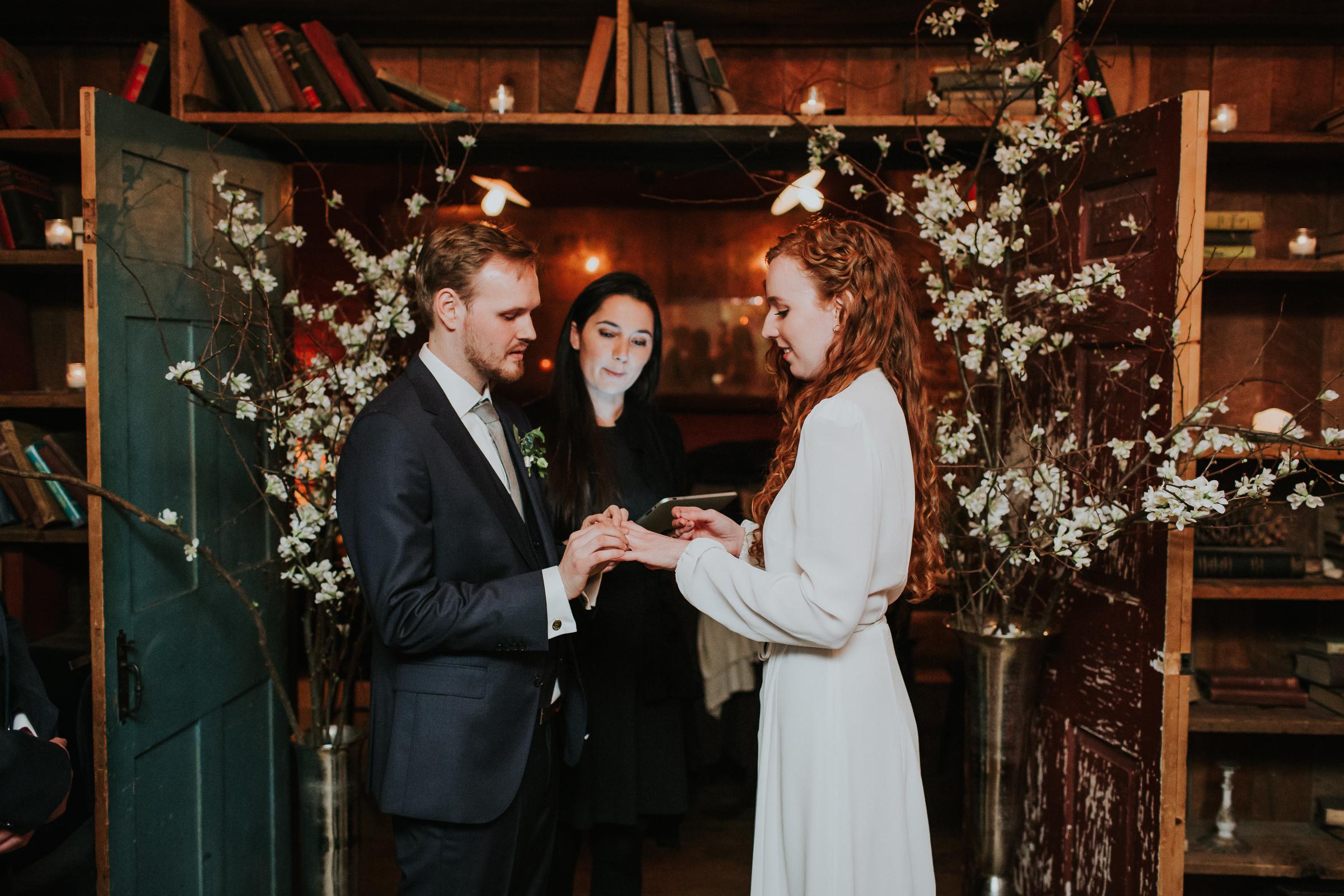 Freemans-Restaurant-Soho-Brooklyn-Bridge-Park-Dumbo-Documentary-Wedding-Photographer-48.jpg