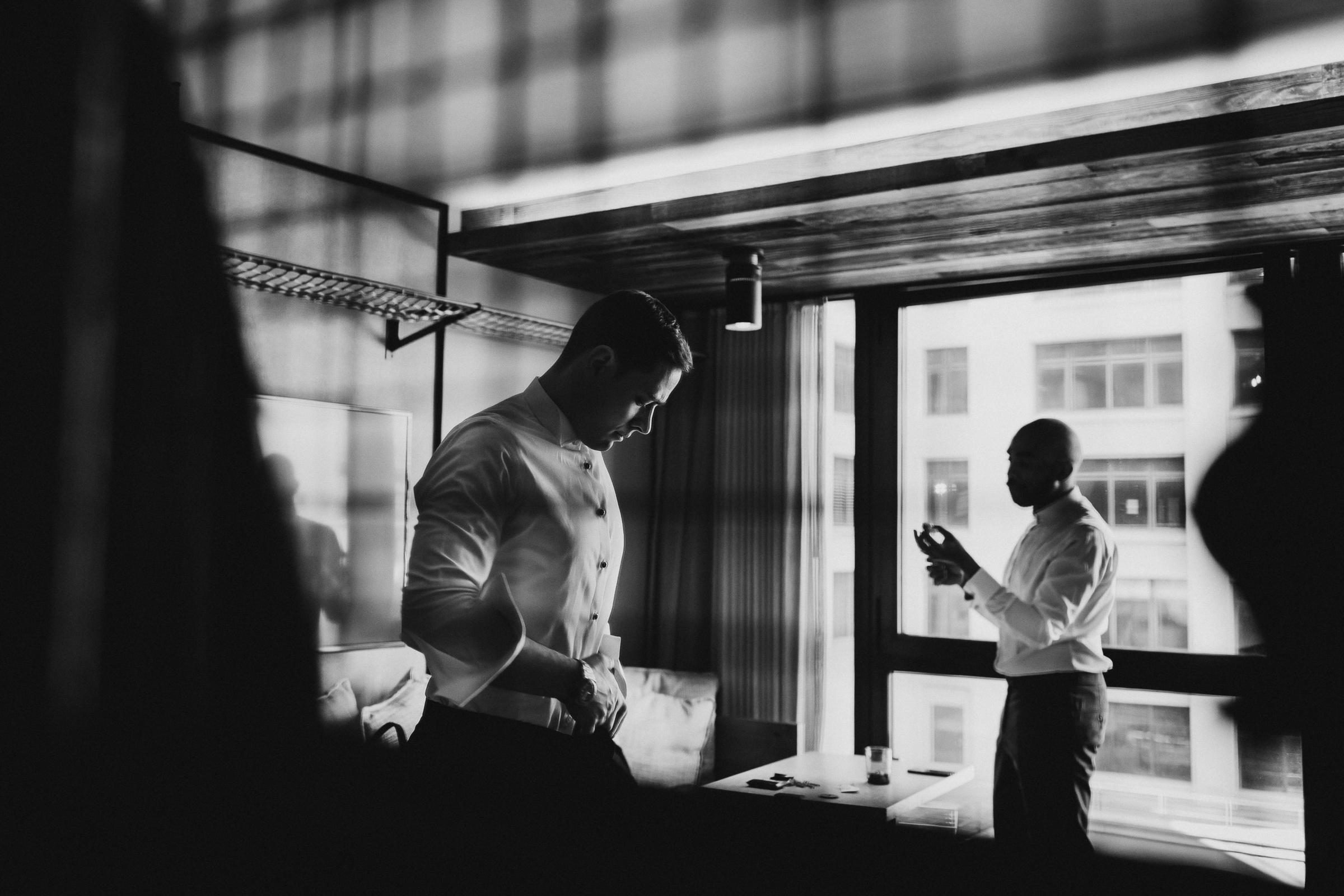 Brooklyn-Winery-Documentary-Wedding-Photographer-Hotel-1-19.jpg