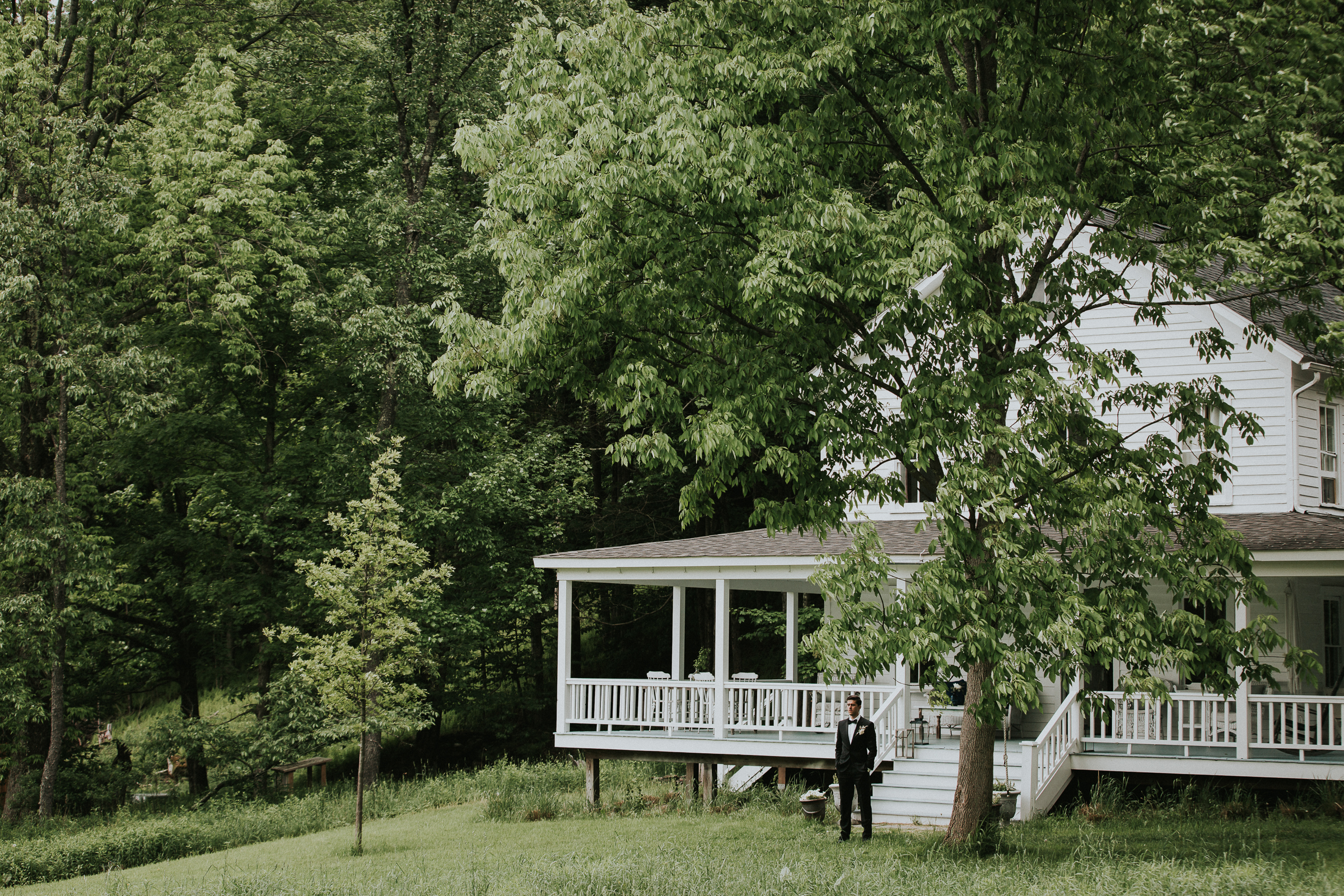 Handsome-Hollow-Long-Eddy-Catskills-New-York-Fine-Art-Documentary-Wedding-Photographer-25.jpg