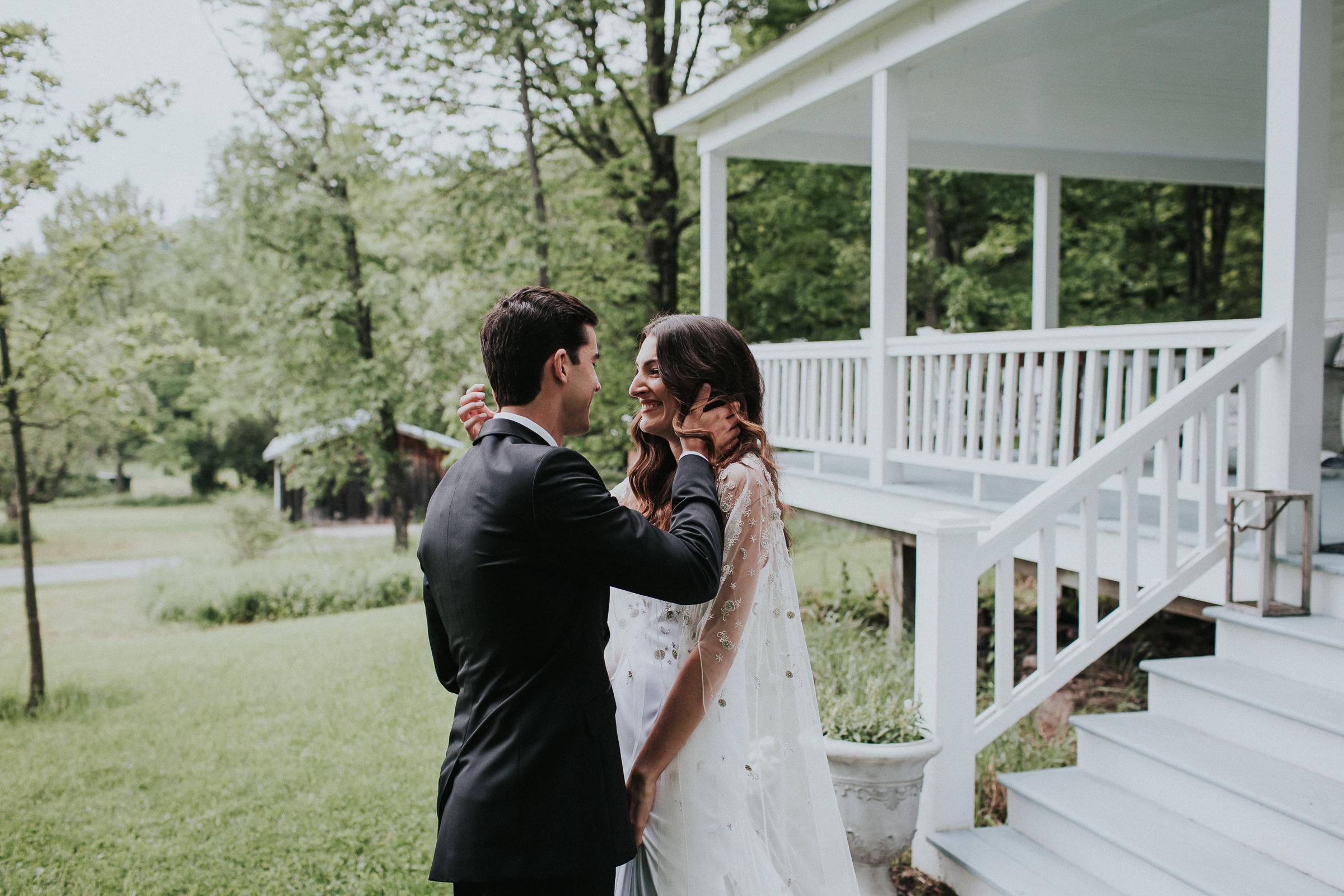 Handsome-Hollow-Long-Eddy-Catskills-New-York-Fine-Art-Documentary-Wedding-Photographer-28.jpg