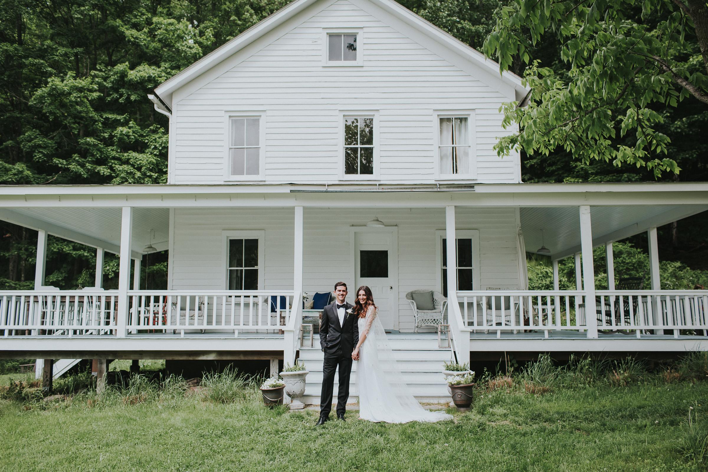 Handsome-Hollow-Long-Eddy-Catskills-New-York-Fine-Art-Documentary-Wedding-Photographer-32.jpg