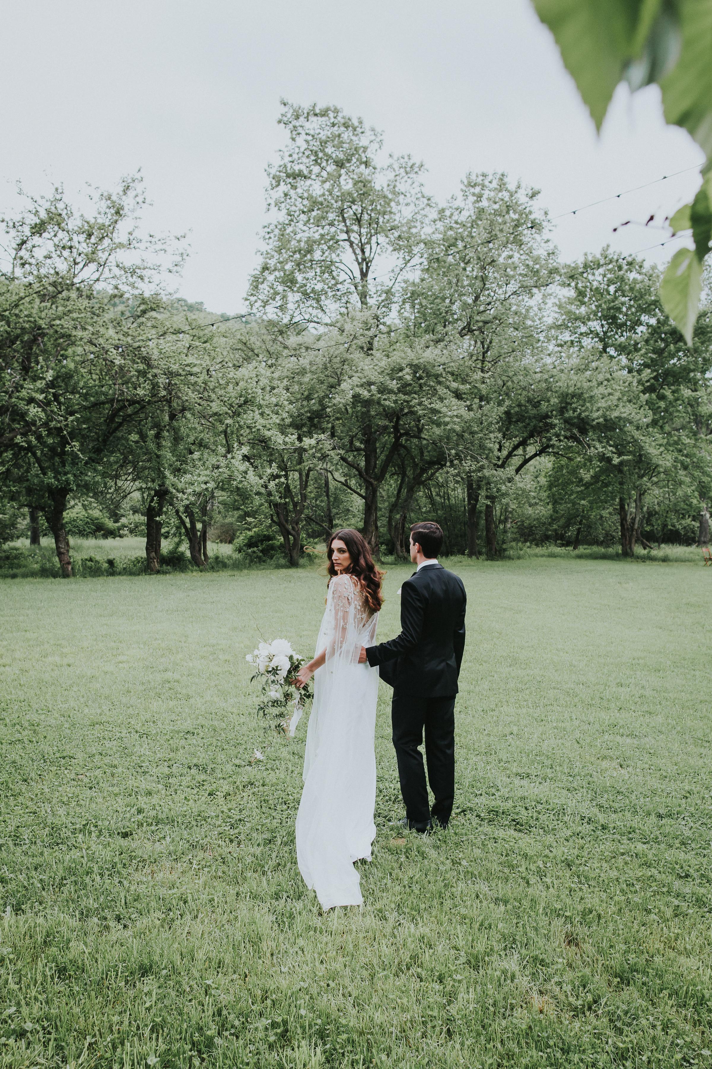 Handsome-Hollow-Long-Eddy-Catskills-New-York-Fine-Art-Documentary-Wedding-Photographer-38.jpg