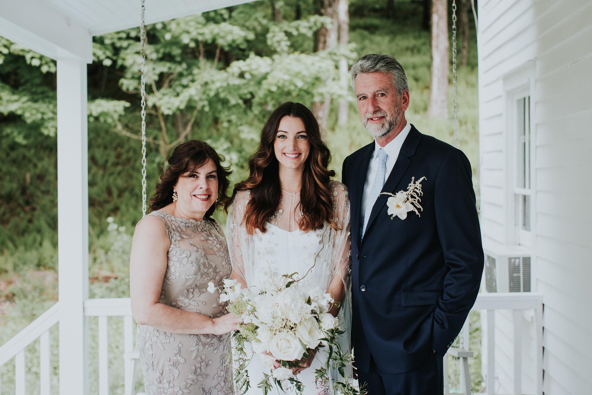 Handsome-Hollow-Long-Eddy-Catskills-New-York-Fine-Art-Documentary-Wedding-Photographer-50.jpg