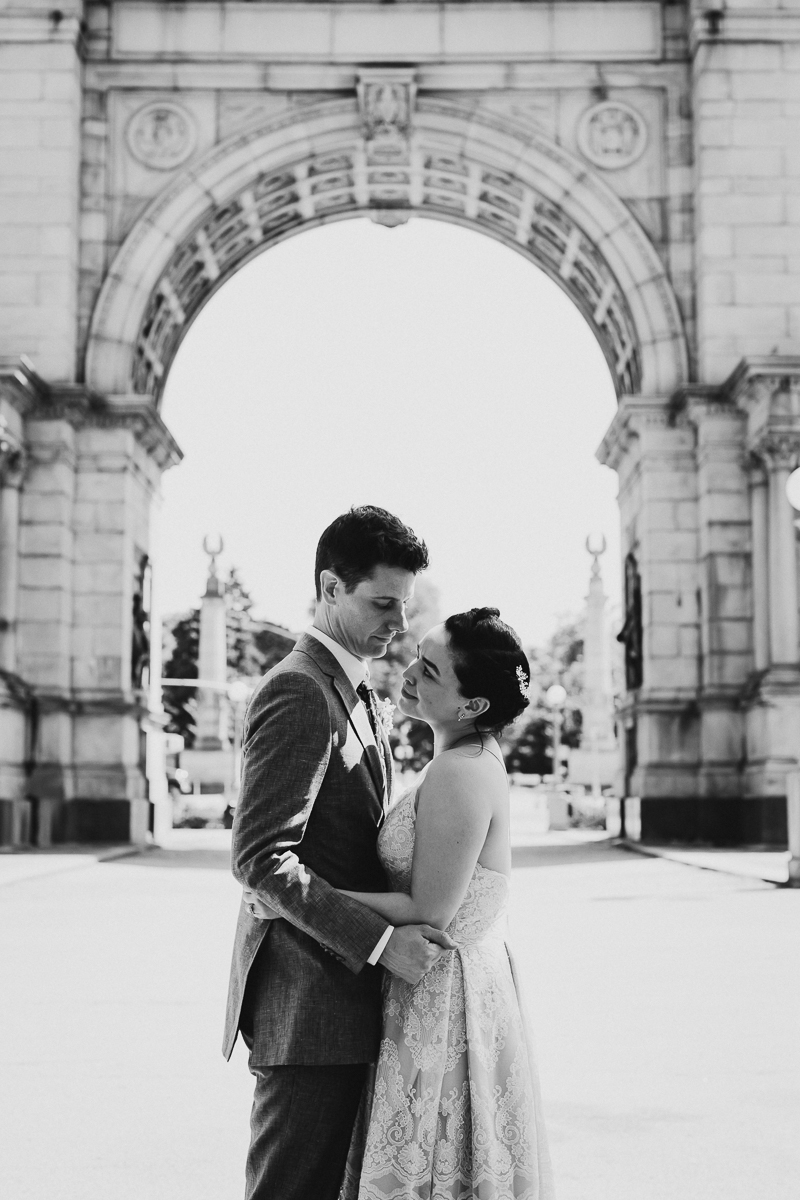 Freemans-Restaurant-NYC-City-Hall-Intimate-Documentary-Wedding-Elopement-Photographer-26.jpg