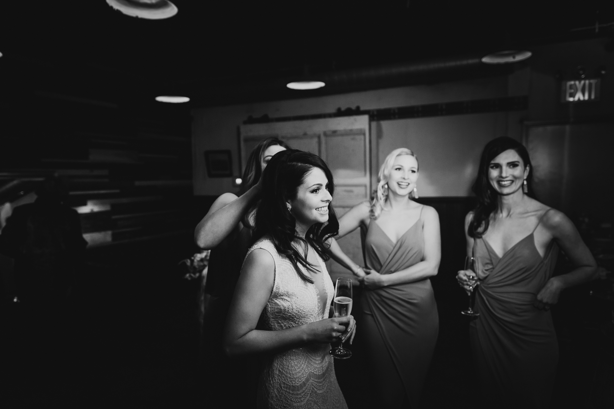 Brooklyn-Winery-Spring-Wedding-Photography-NYC-Natural-Documentary-Wedding-Photographer-51.jpg