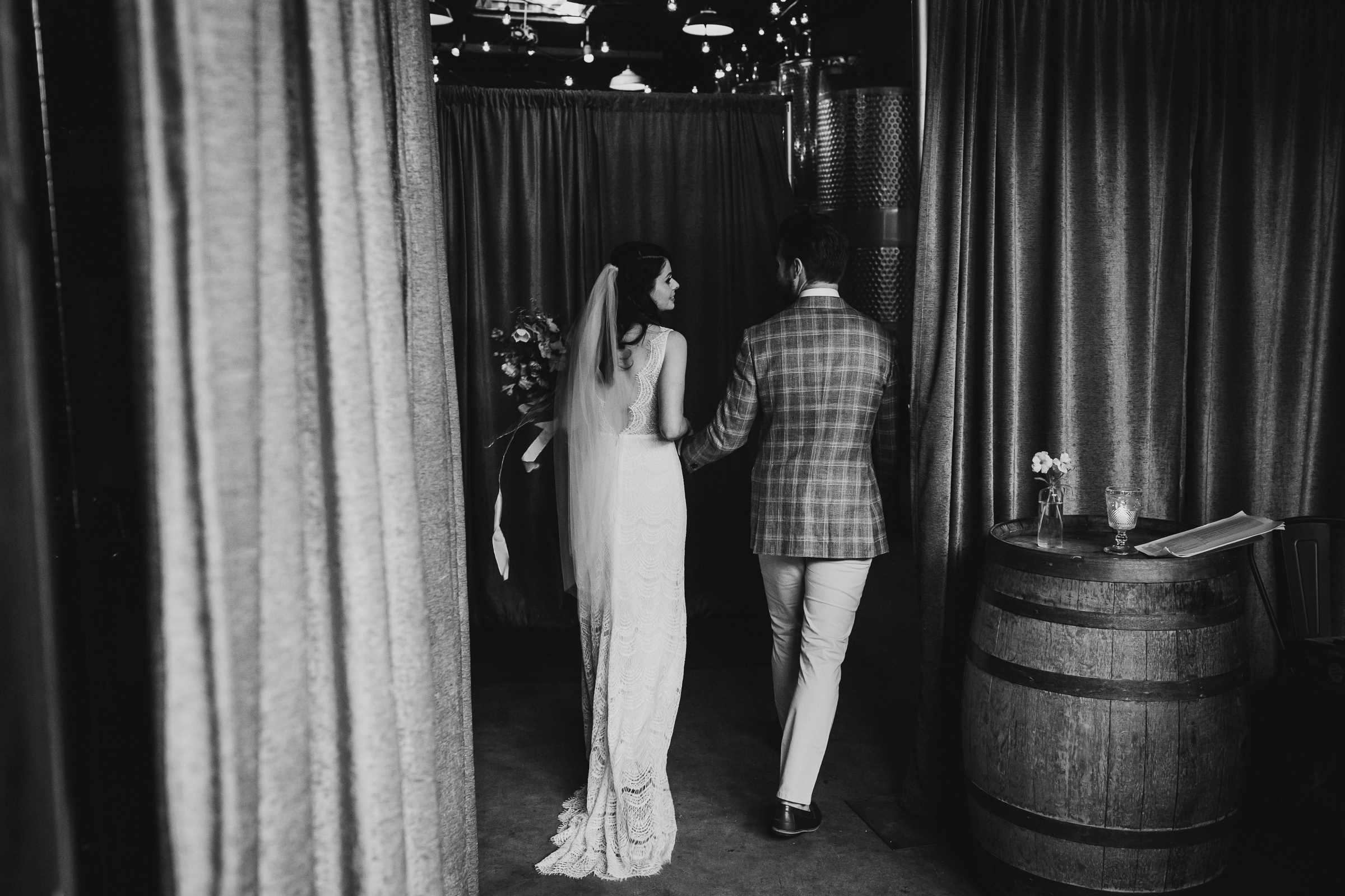 Brooklyn-Winery-Spring-Wedding-Photography-NYC-Natural-Documentary-Wedding-Photographer-79.jpg